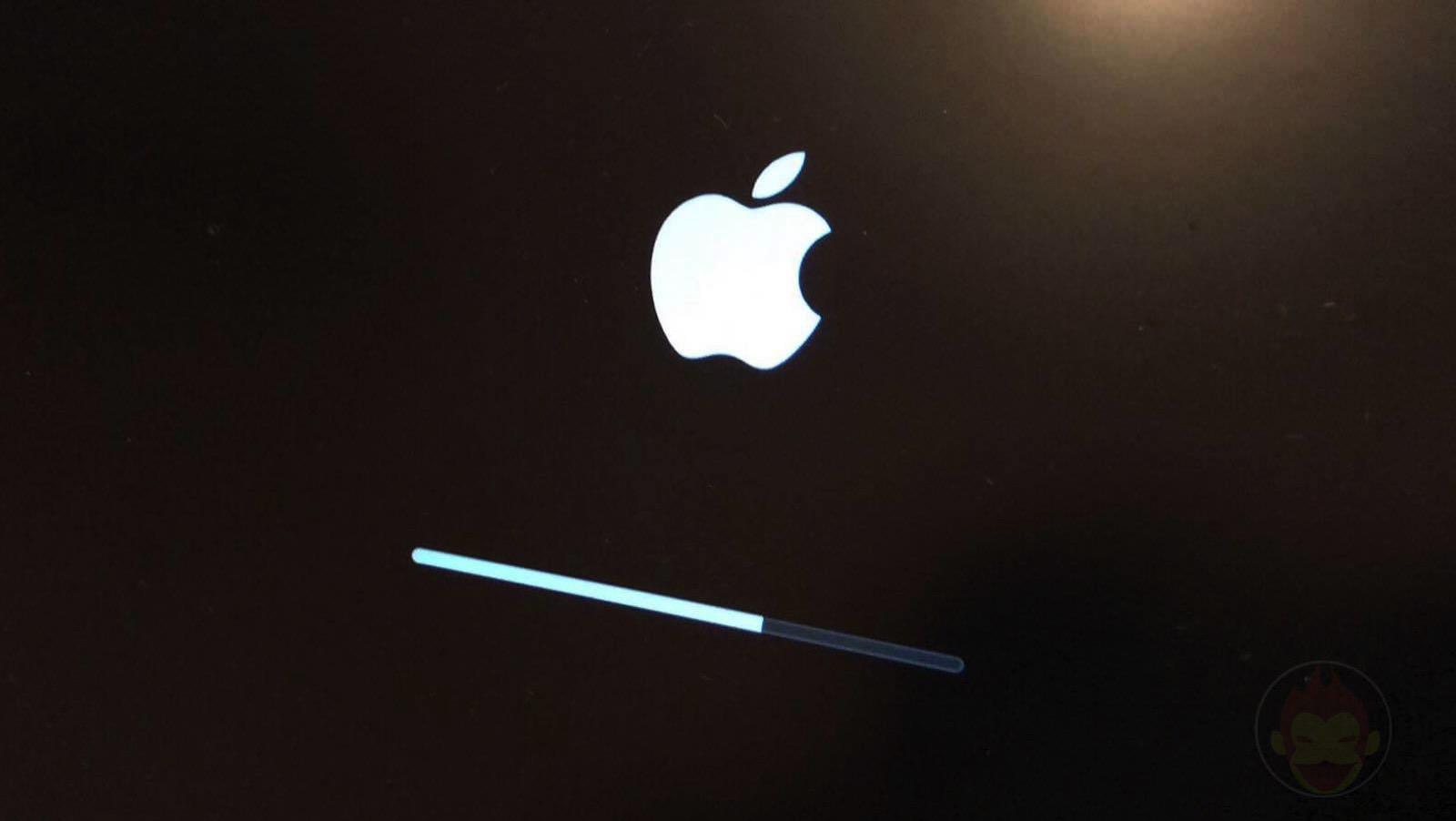 MacBook-Pro-Apple-Logo-Reset-01.jpg