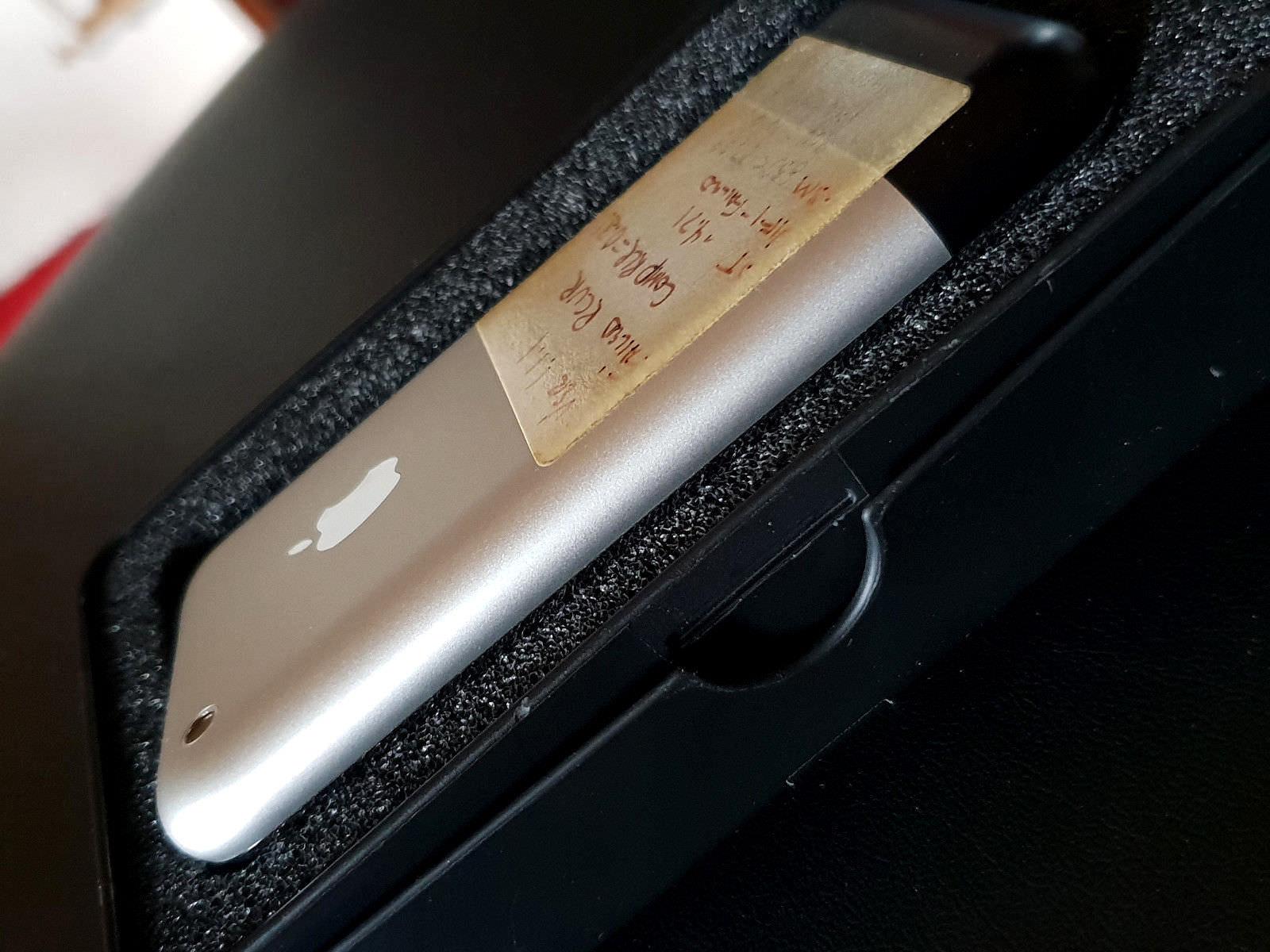 Prototype-Original-iPhone-on-ebay-2-4.jpg