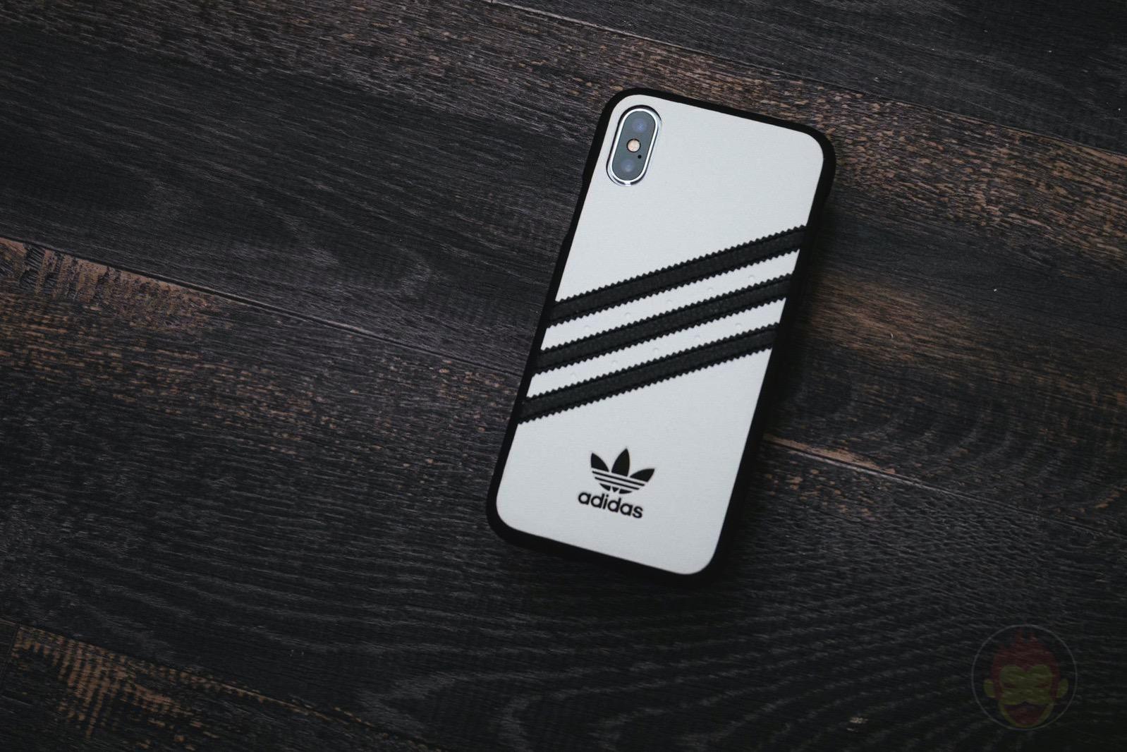 Adidas Originals Moulded Case SAMBA0iPhoneX WhiteBlack 01