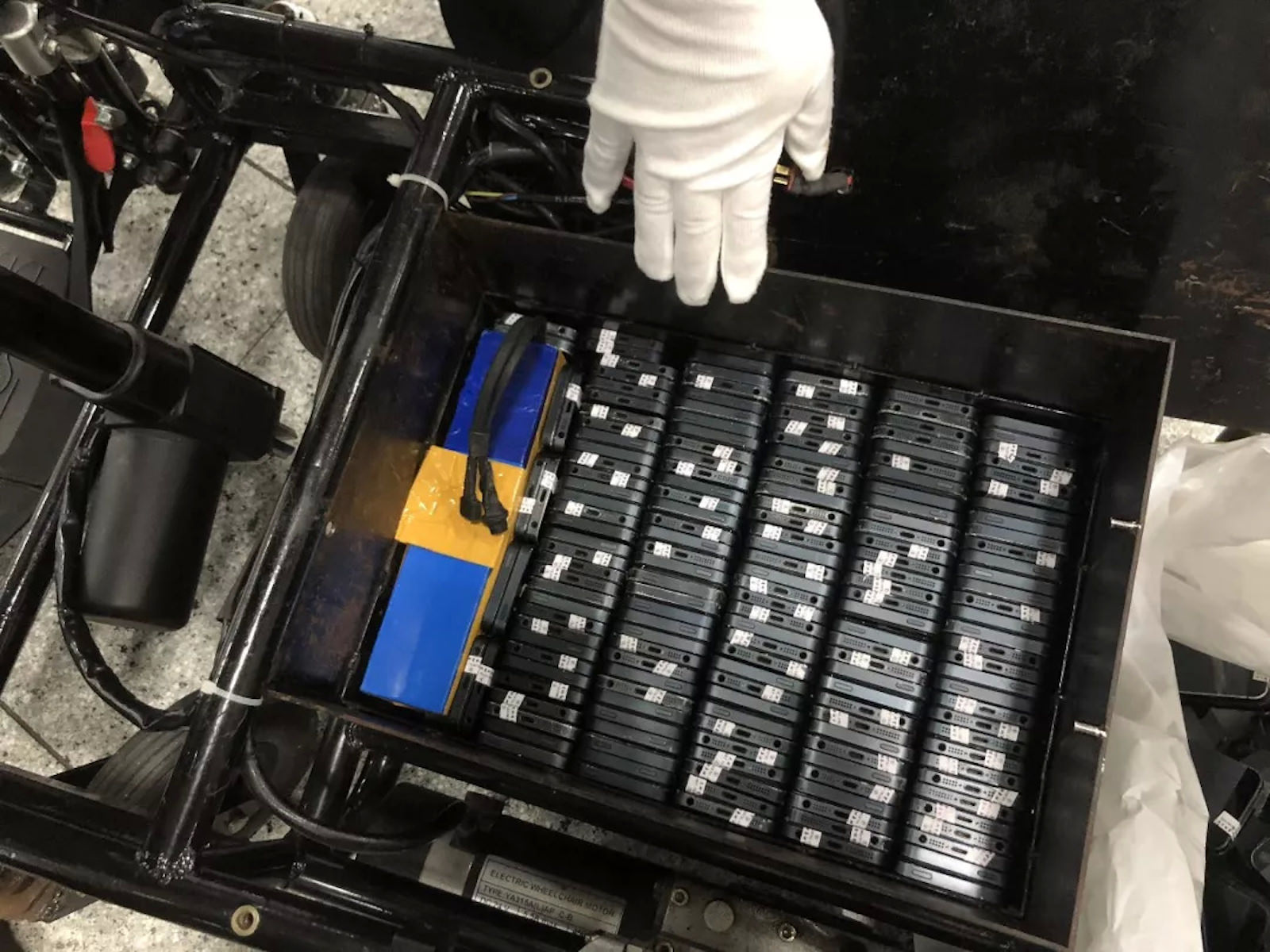 Lots of iphones found within electric wheelchair 2