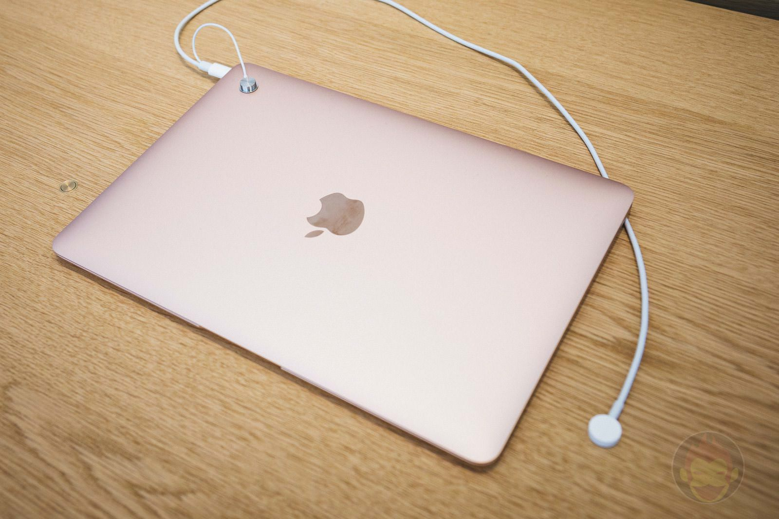 Apple Kyoto MacBook 01