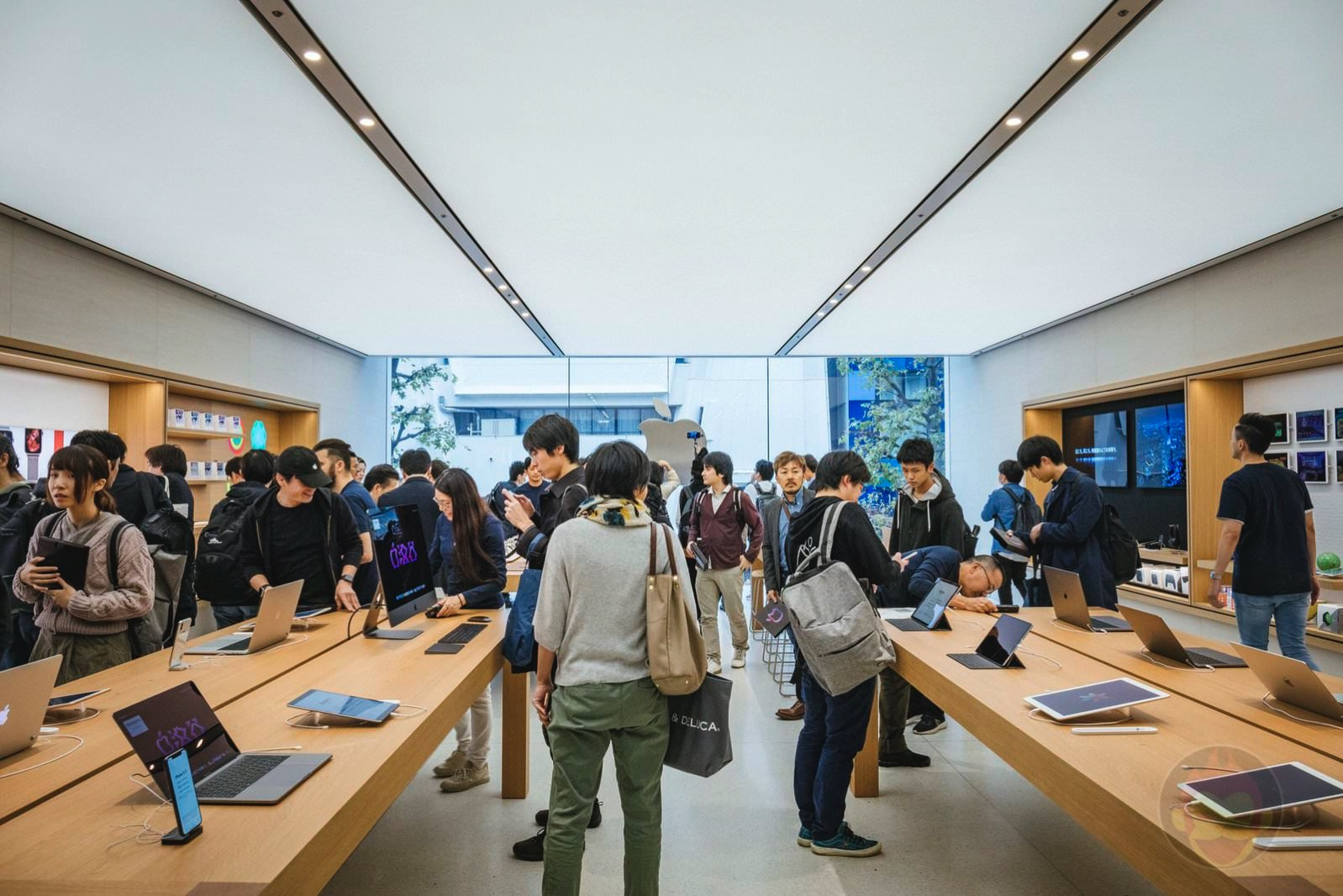 Apple Shibuya Grand Open 05