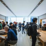 Apple-Shibuya-Grand-Open-18.jpg
