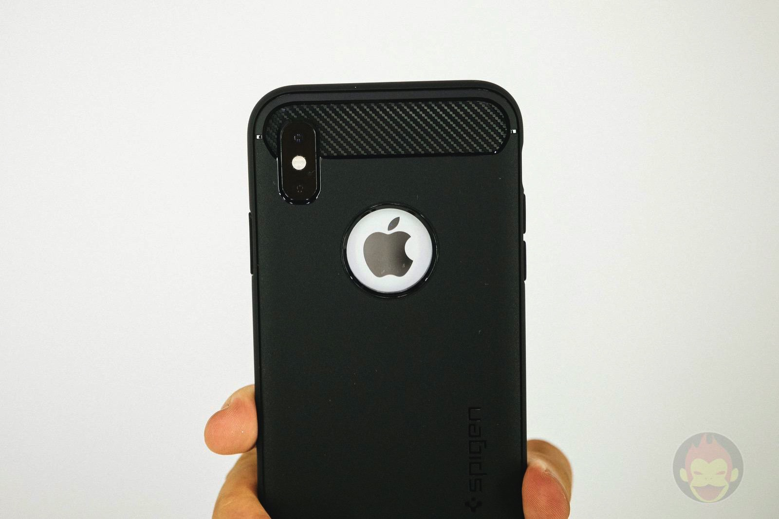 Spigen Rugged Armor iphone XS 01