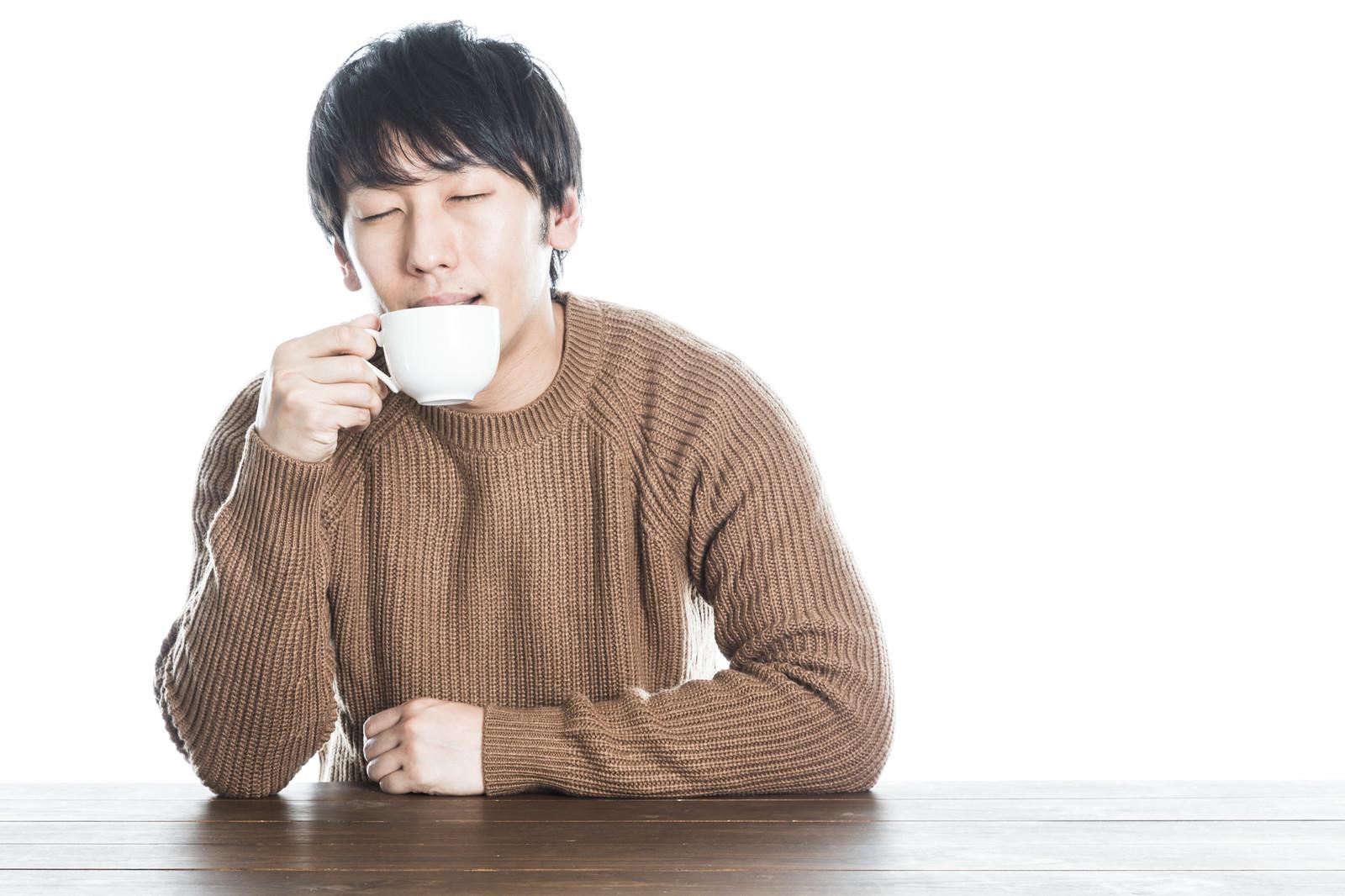 Ookawa1223IMGL1790 TP V okawa drinking coffee
