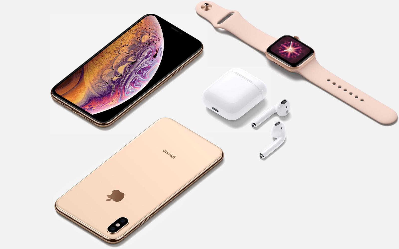 Apple-Xmas-Gifts-holiday-season.jpg
