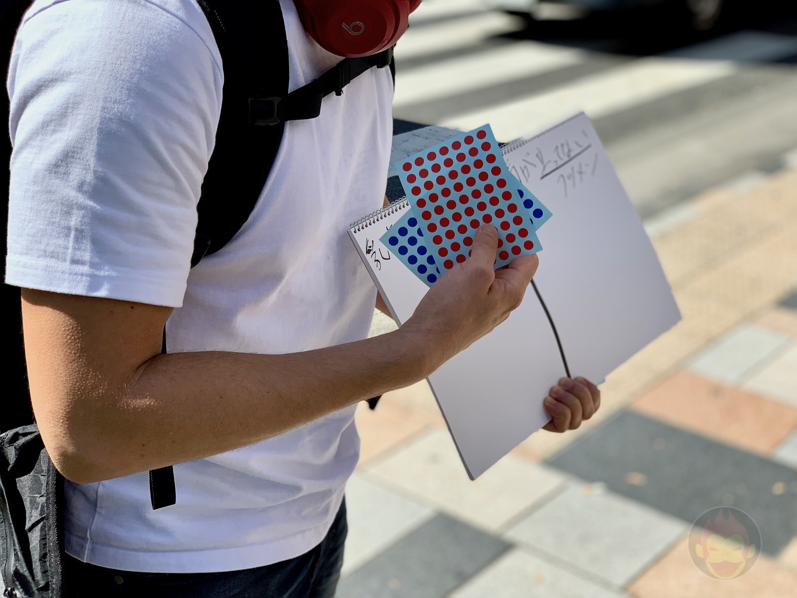 White-Tshirt-Questionare-at-Shibuya-Harajuku-03.jpg