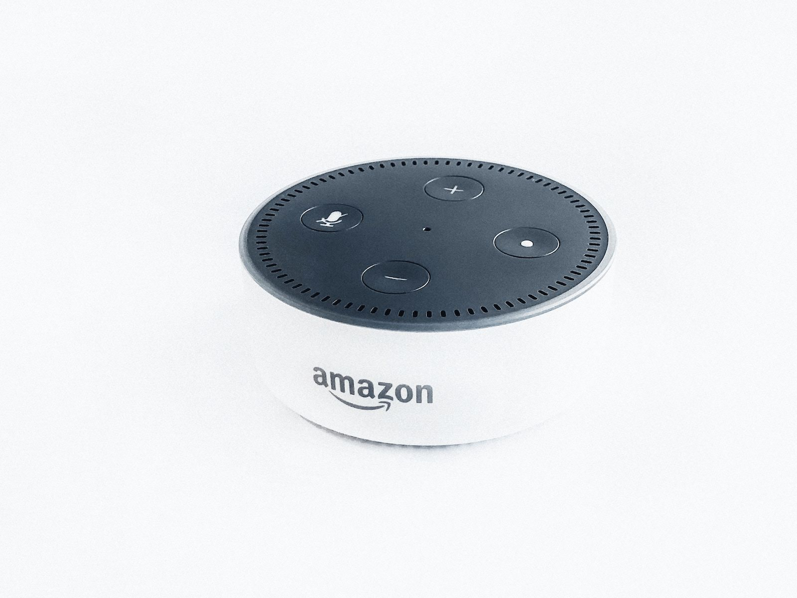 Rahul chakraborty 556155 unsplash amazon echo