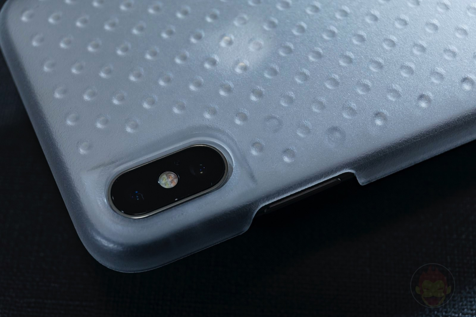 AndMesh-Haptic-Case-for-iPhone-02.jpg