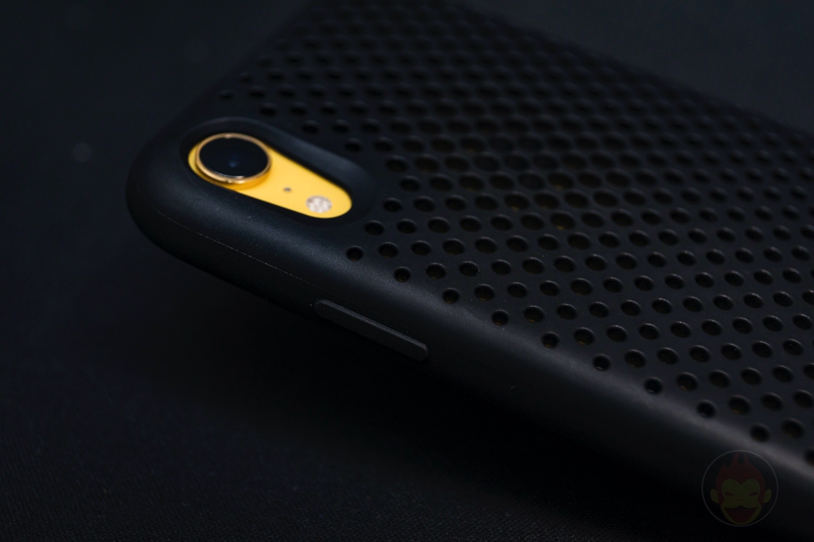 AndMesh Mesh Case for iPhone XR 06