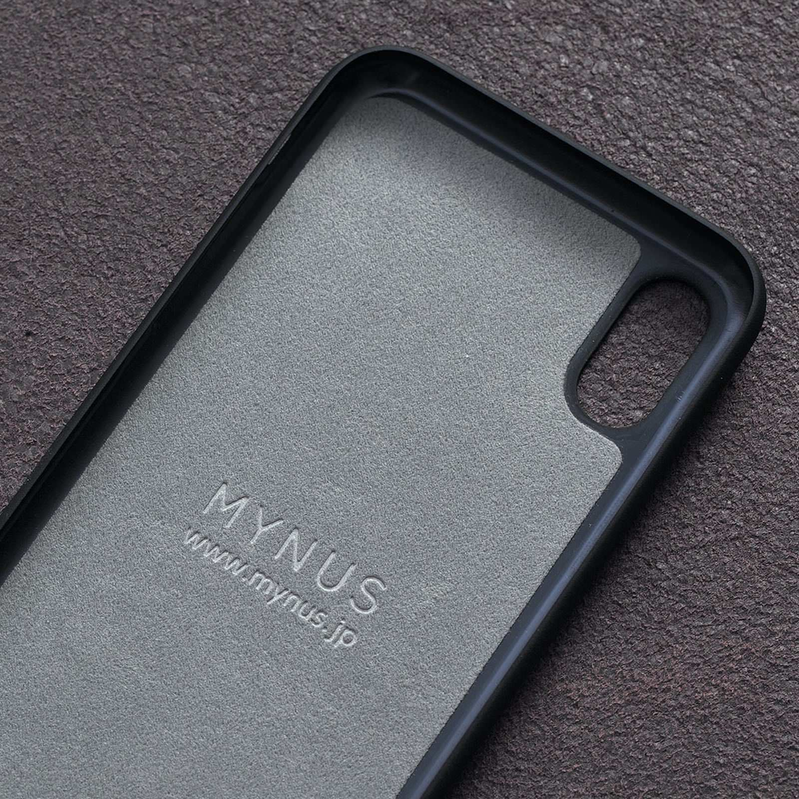 MYNUS iPhone XS Case 07