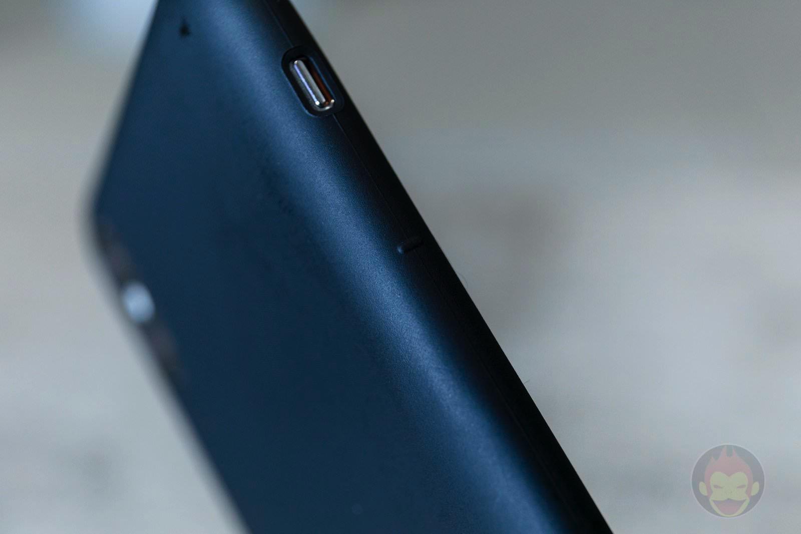 MYNUS-iPhone-XS-Case-Review-03.jpg