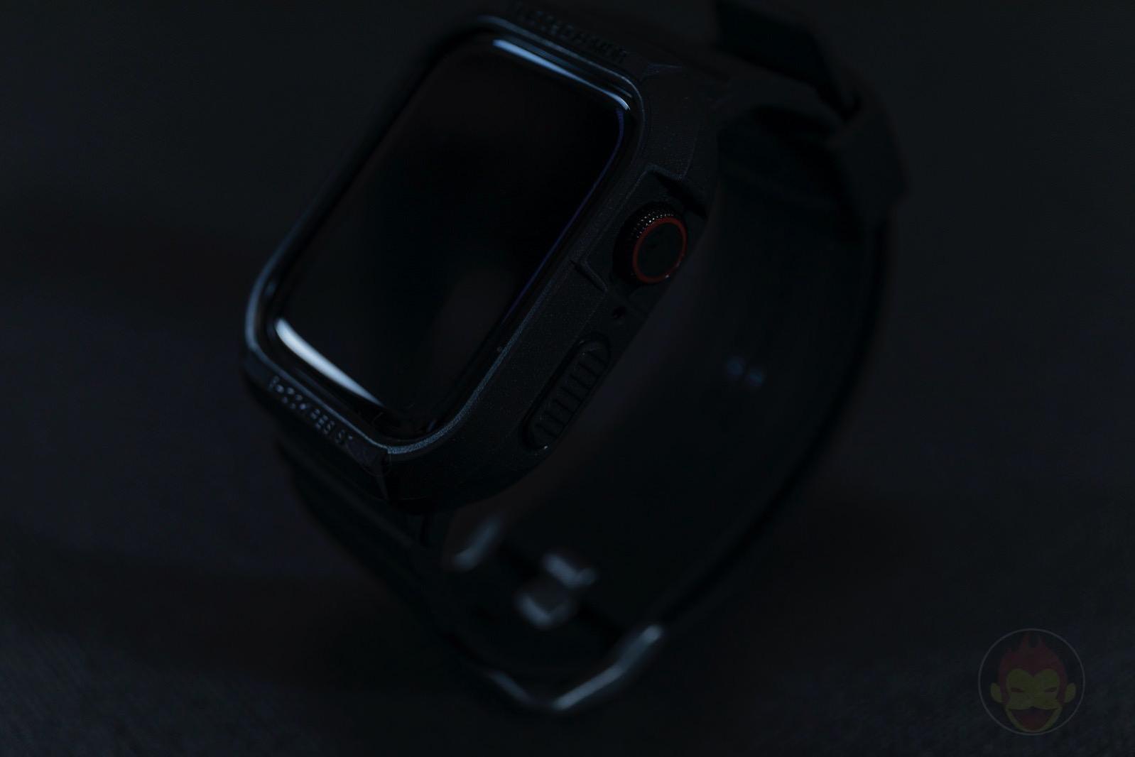 Spigen-Rugged-Armor-Pro-Apple-Watch-Band-and-case-03.jpg