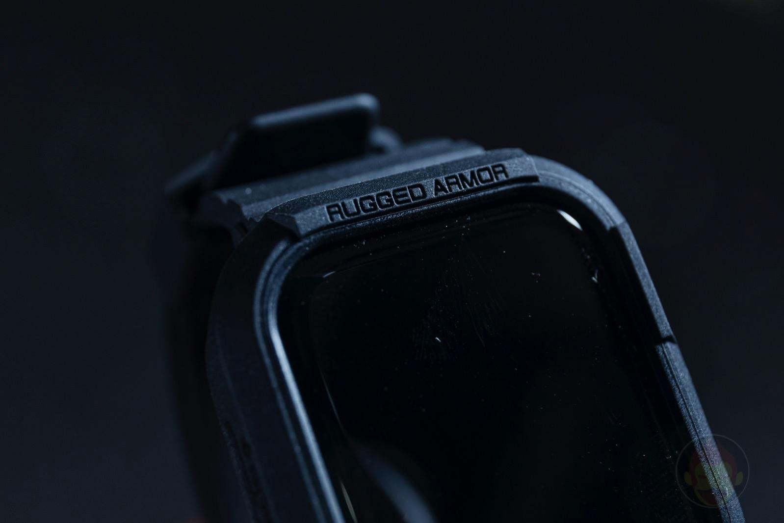 Spigen-Rugged-Armor-Pro-Apple-Watch-Band-and-case-06.jpg