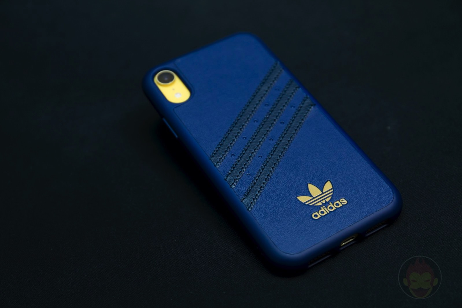 Adidas Originals Moulded Case 09