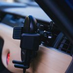 Anker-PowerWave-7_5-Car-Mount-03.jpg