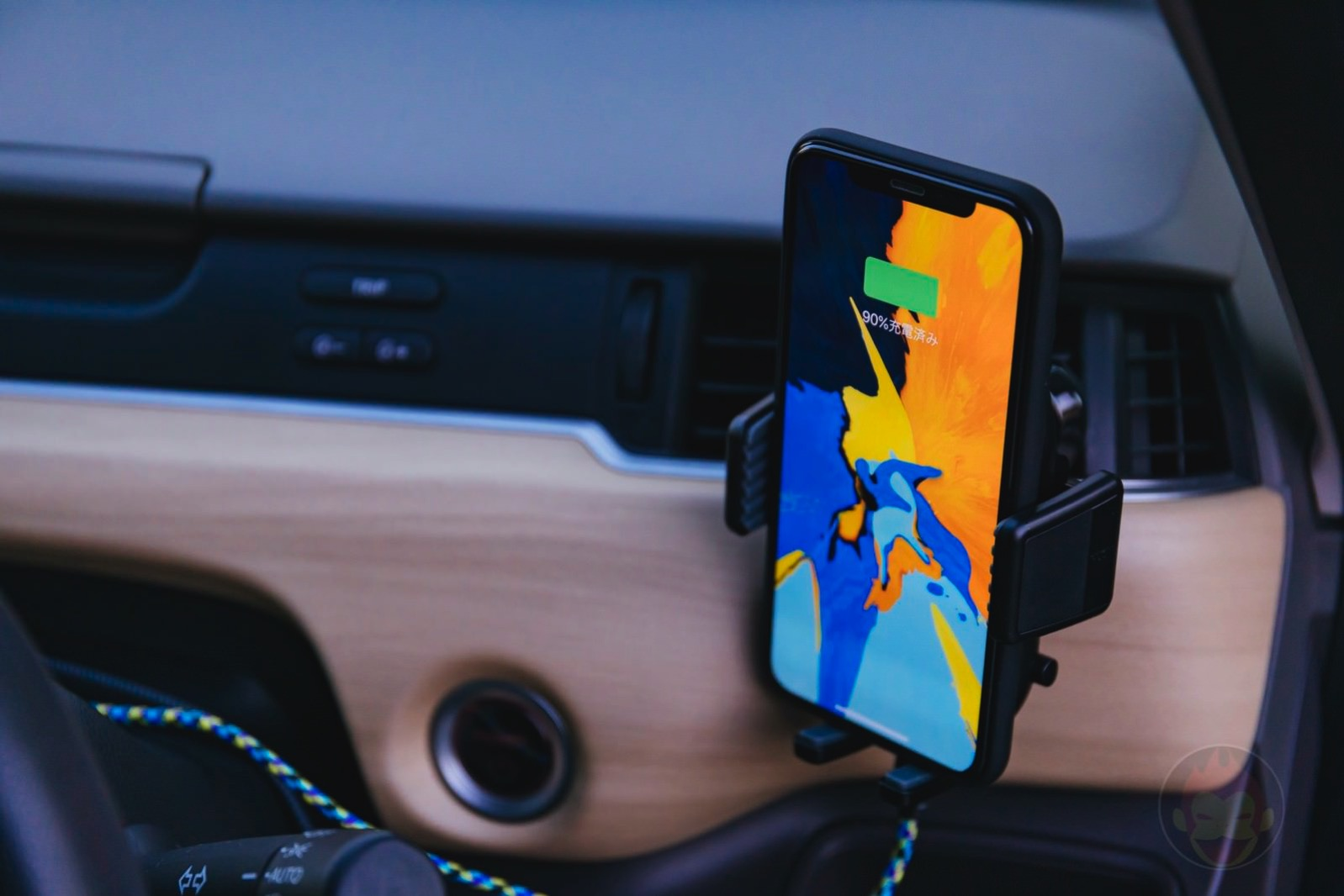 Anker-PowerWave-7_5-Car-Mount-09.jpg