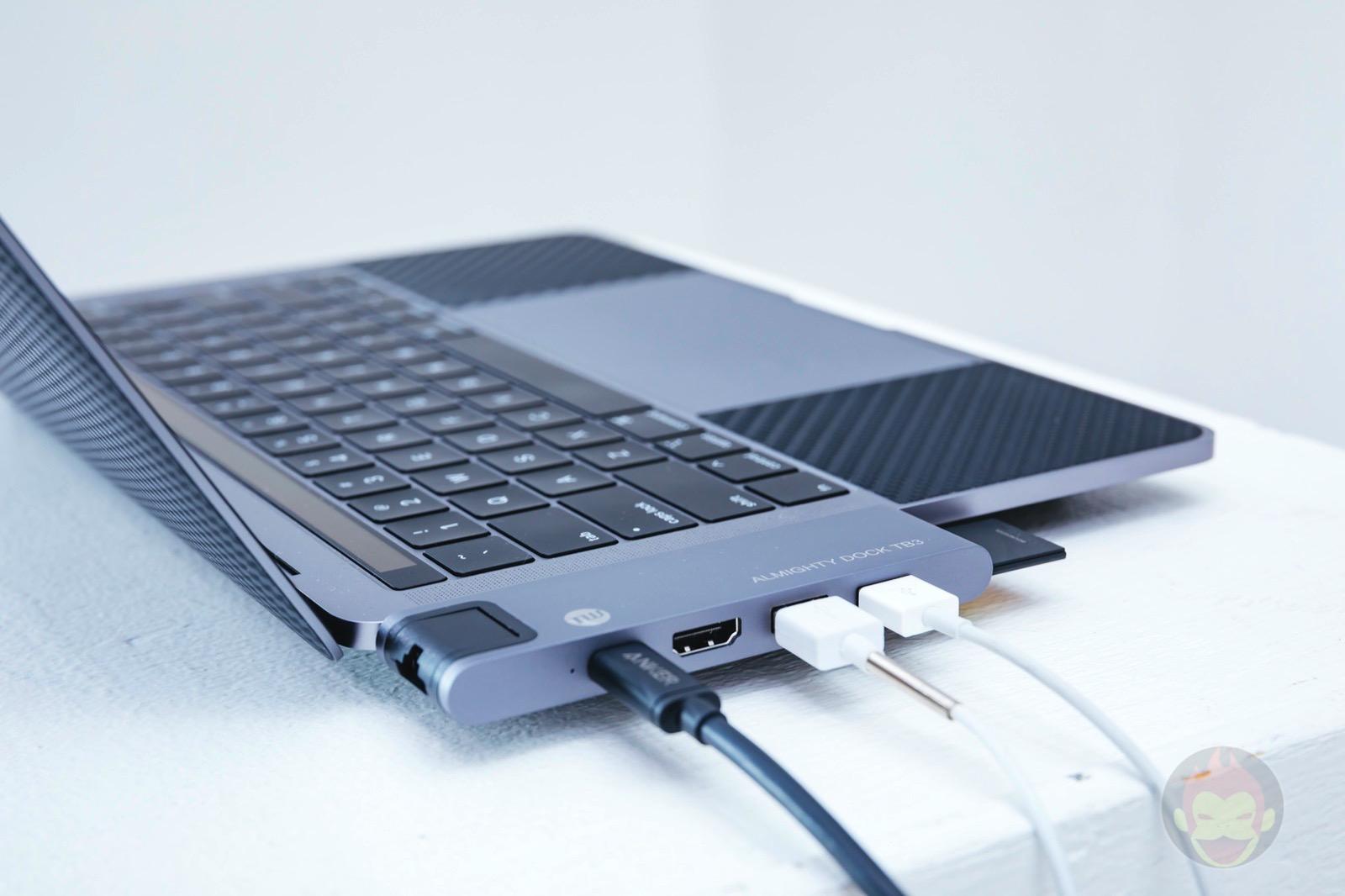 Tunewear-Almighty-TB3-Dock-for-MacBookPro2018-01.jpg