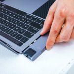 Tunewear-Almighty-TB3-Dock-for-MacBookPro2018-14.jpg