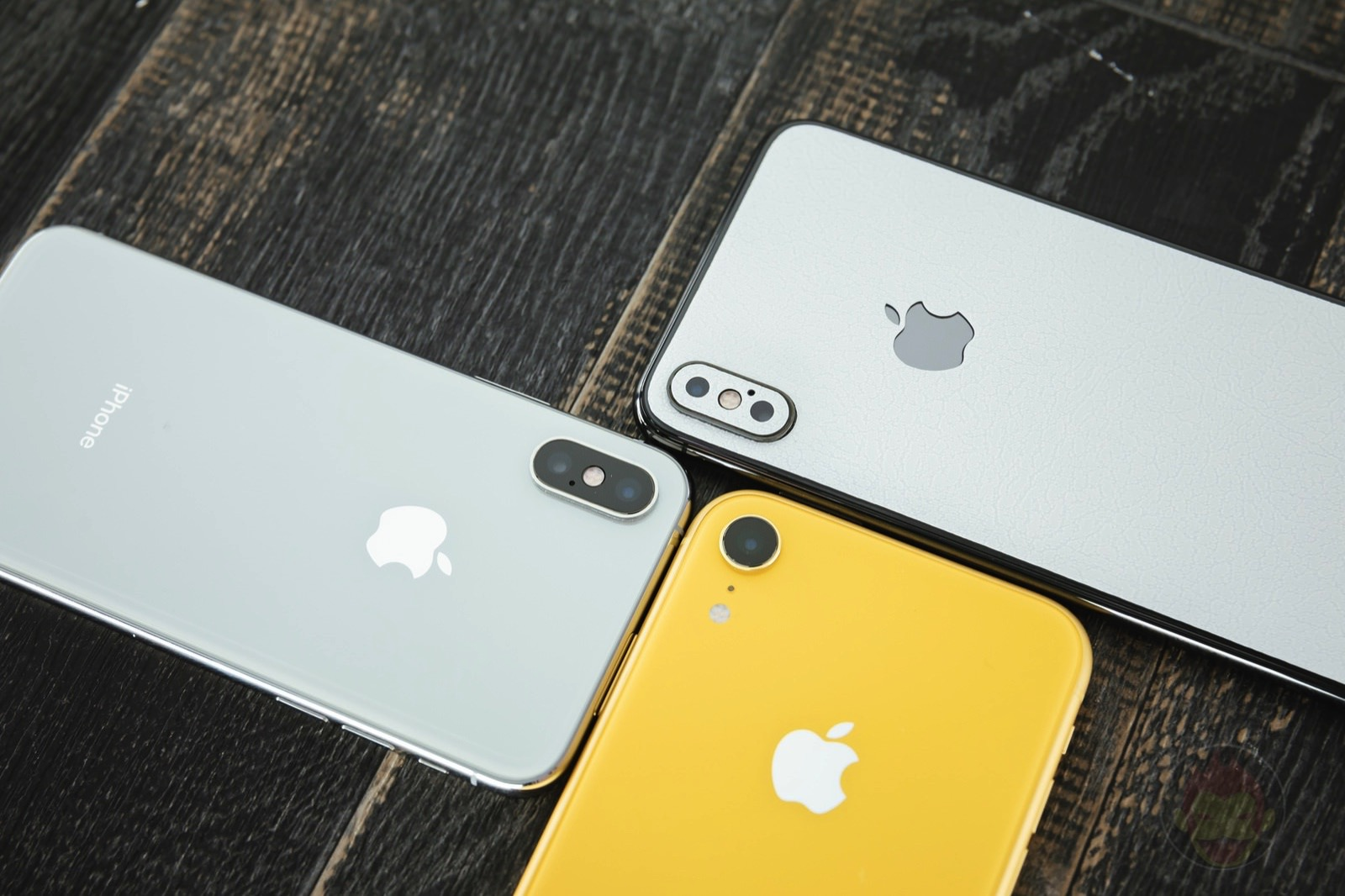 Iphone xs and xr 01