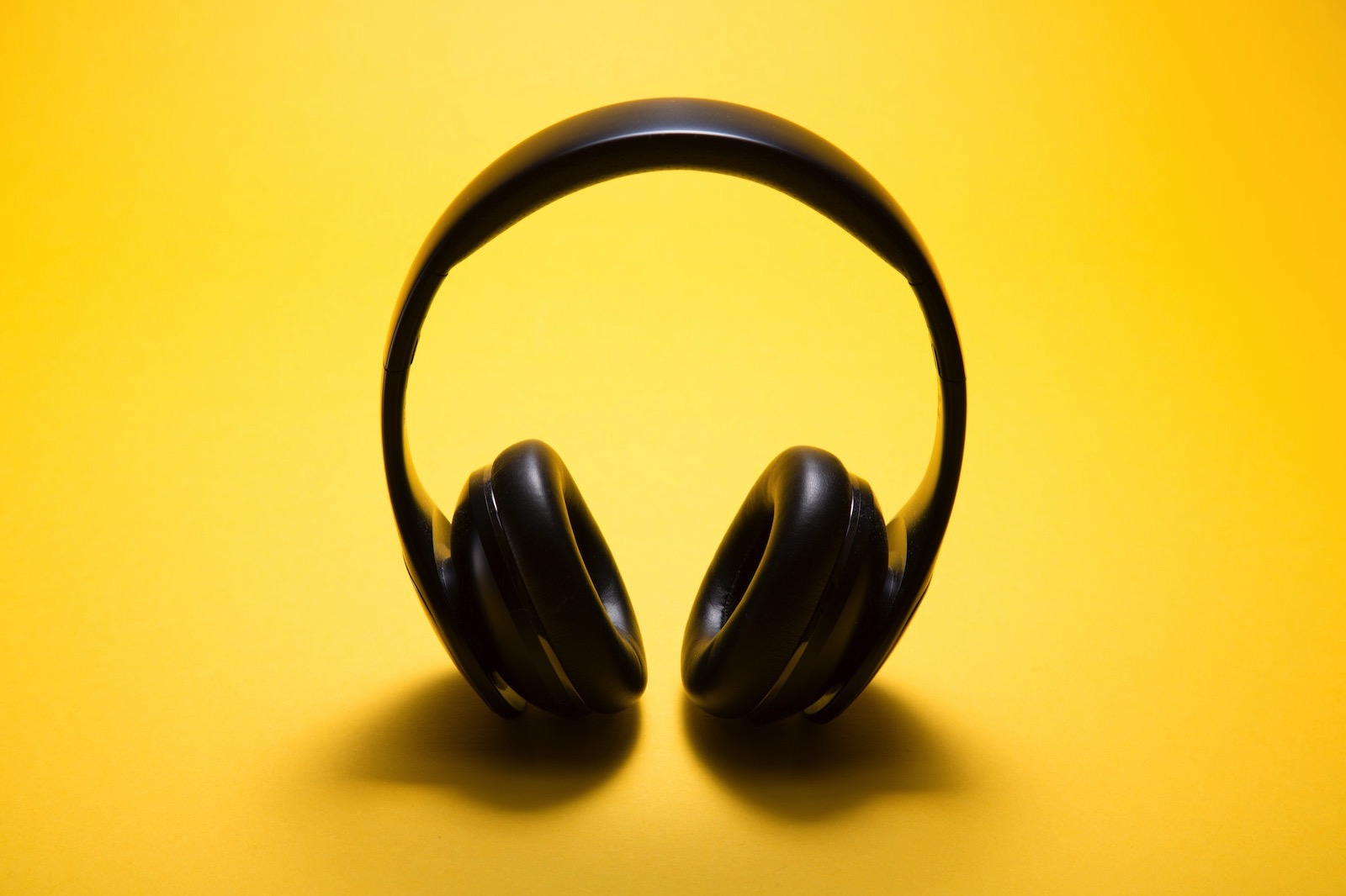 Malte wingen 381987 unsplash headphone