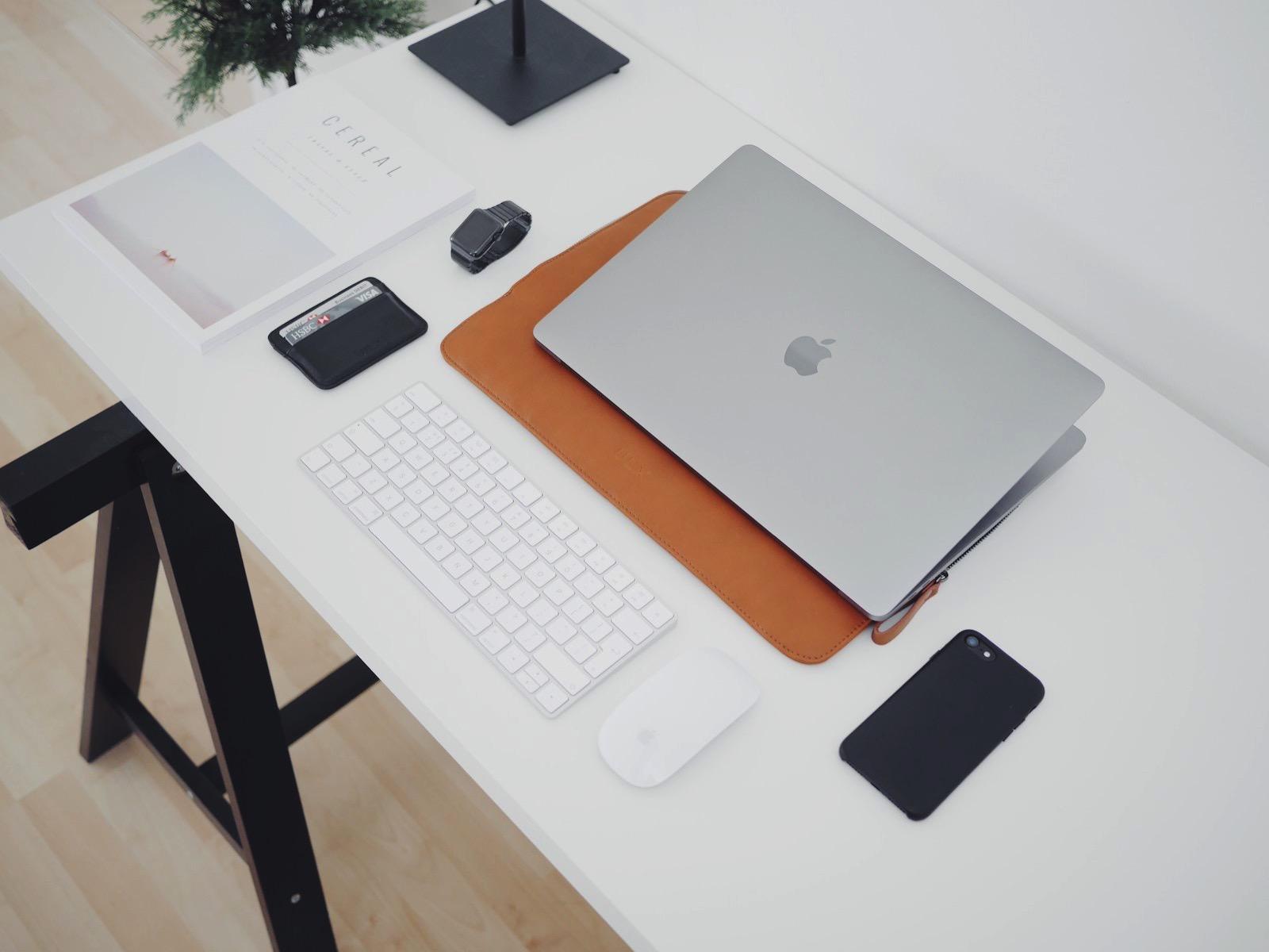 Oliur 280433 unsplash macbook pro