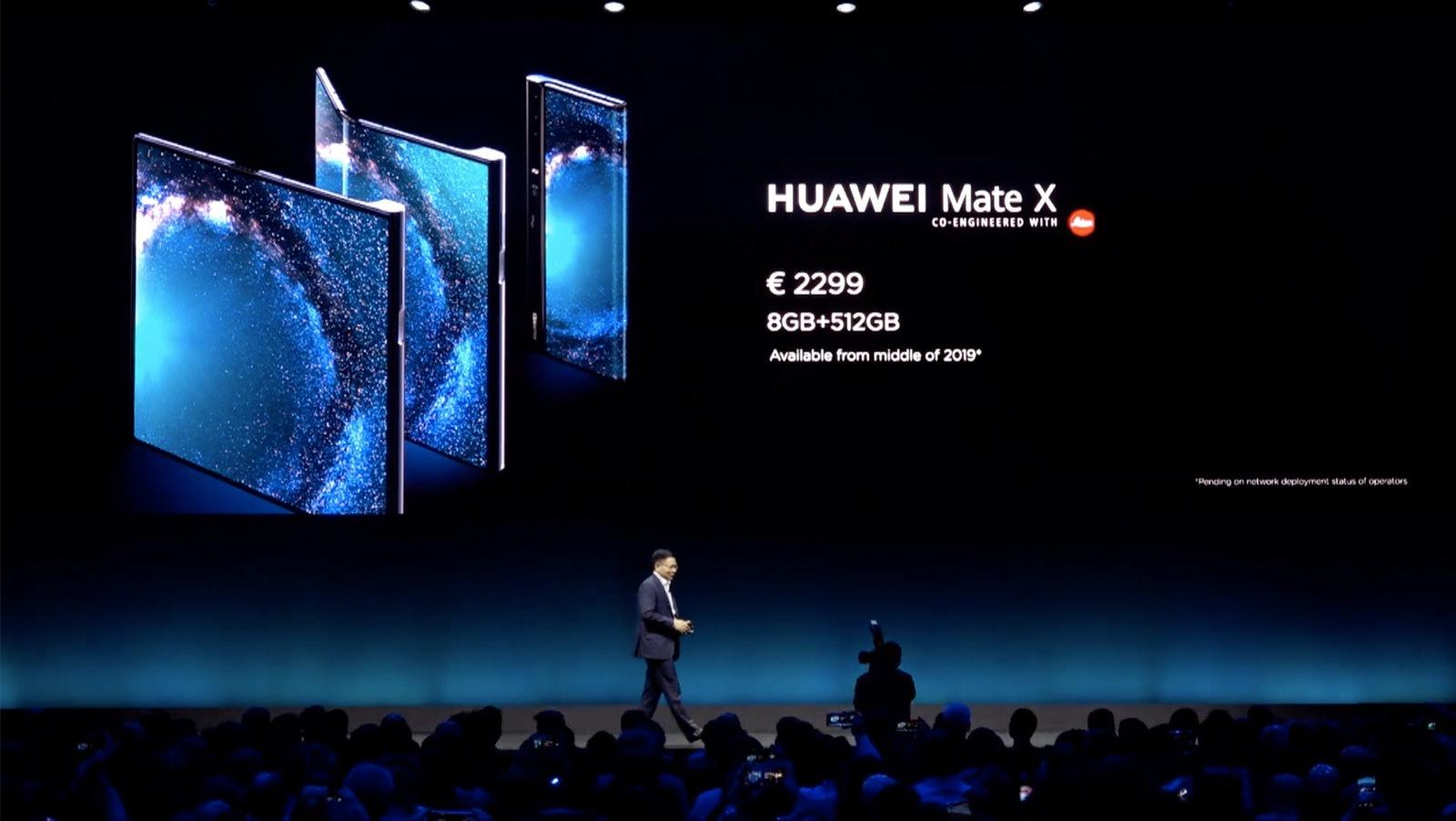 Huawei Mate X Foldable 01