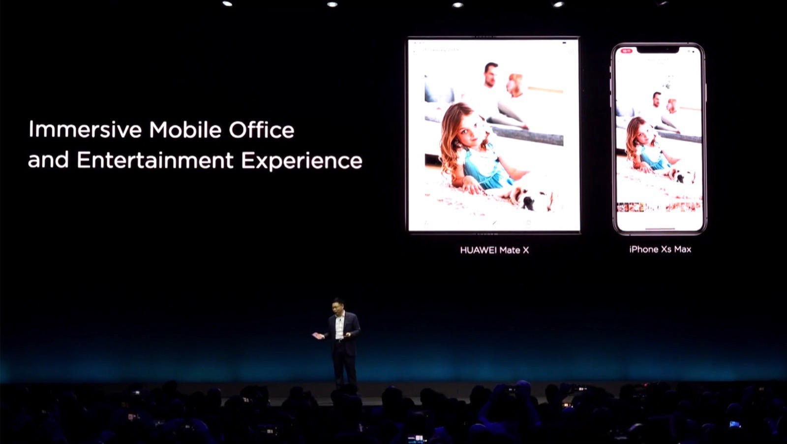 Huawei Mate X Foldable 10