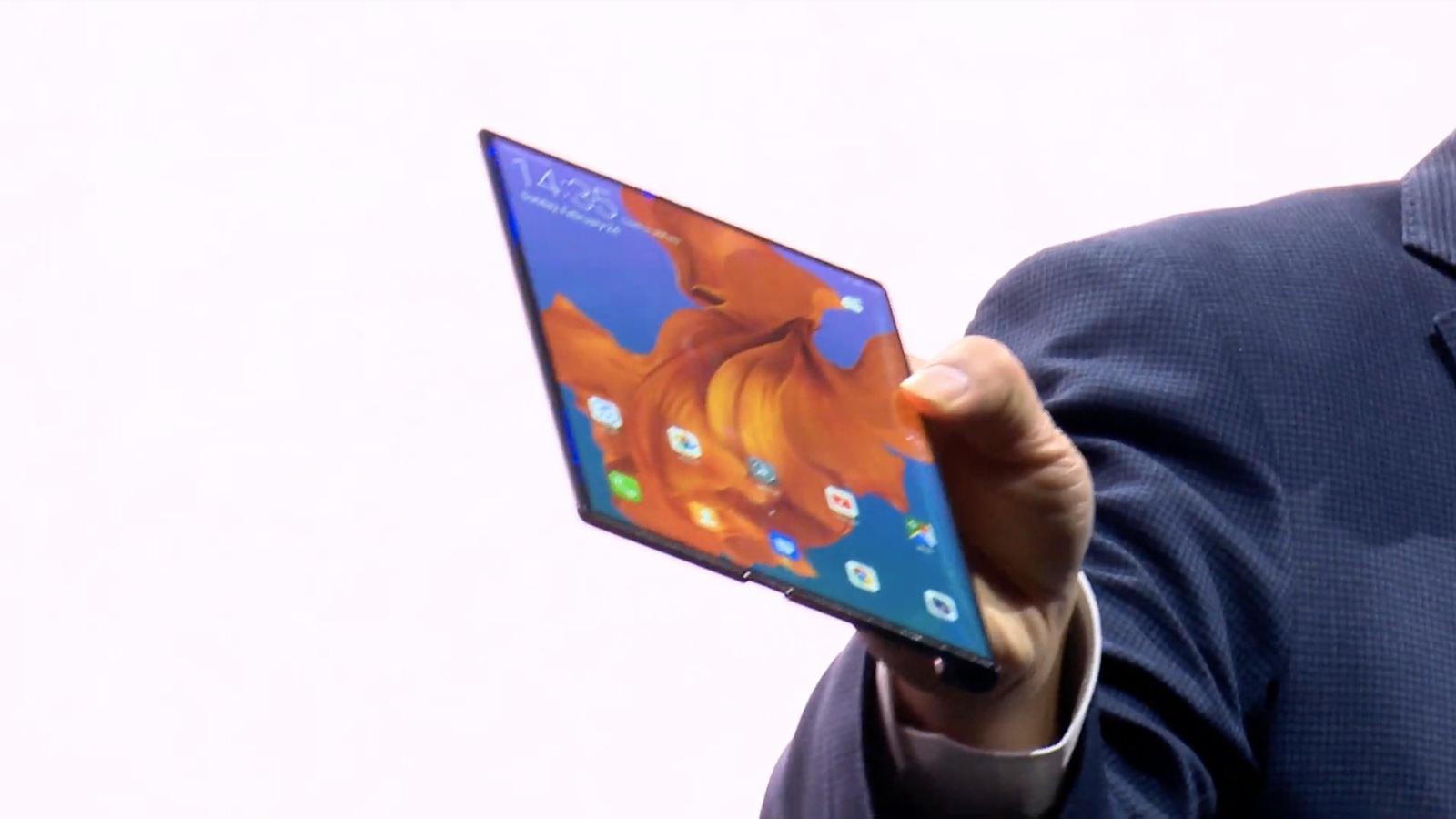 Huawei Mate X Foldable 25