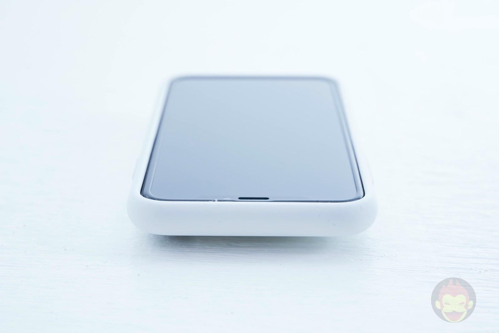 Smart-Battery-Case-for-iPhoneXS-Review-06.jpg