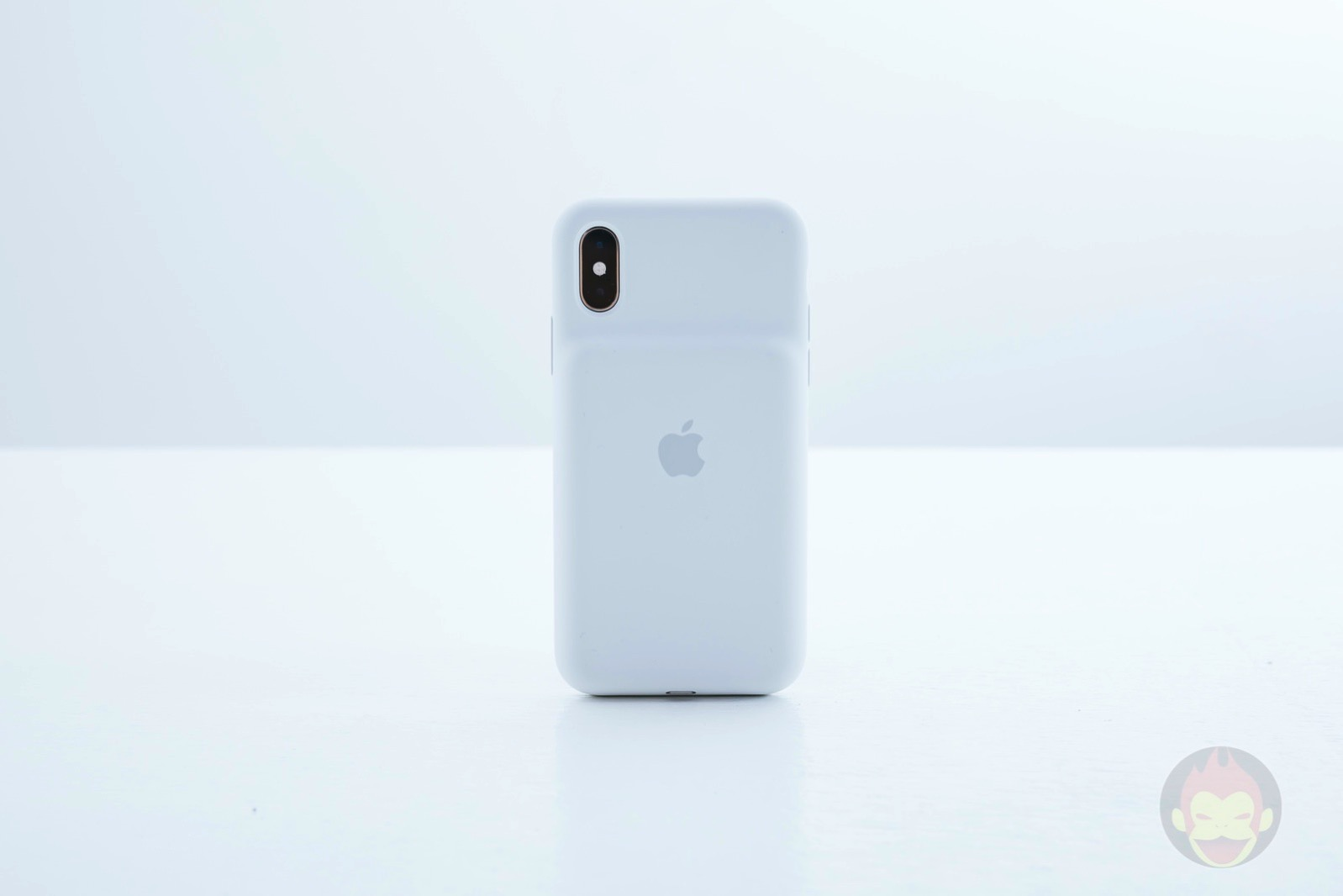 Smart Battery Case for iPhoneXS Review 09