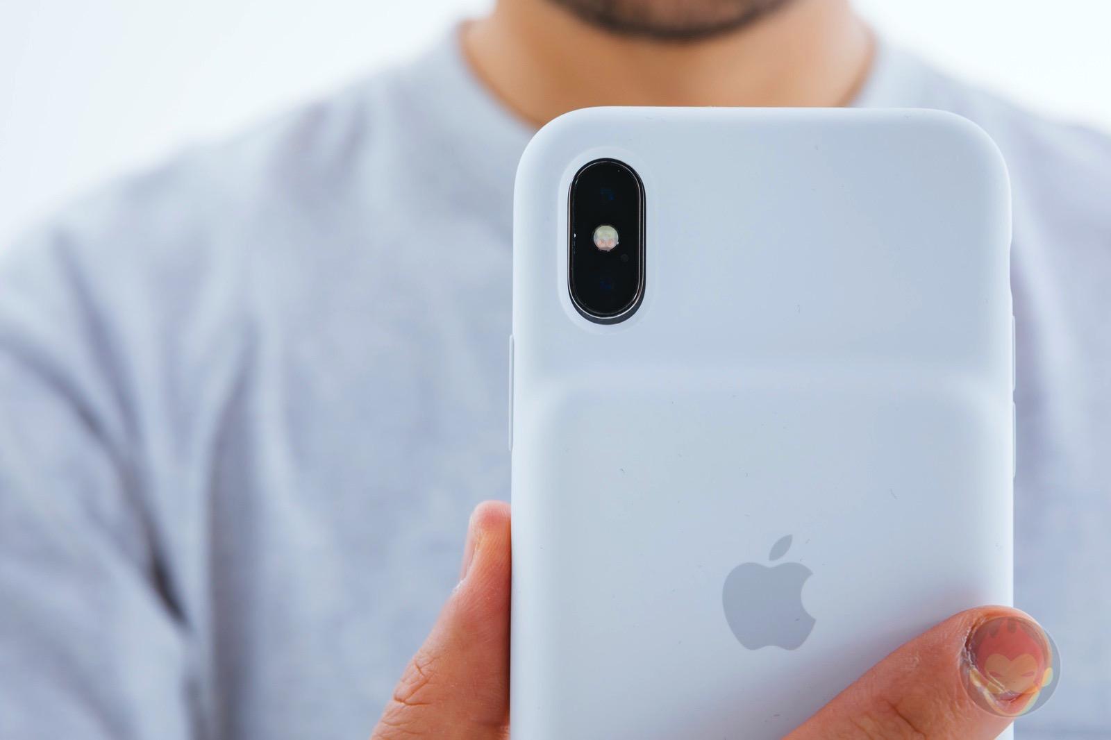 Smart-Battery-Case-for-iPhoneXS-Review-22.jpg