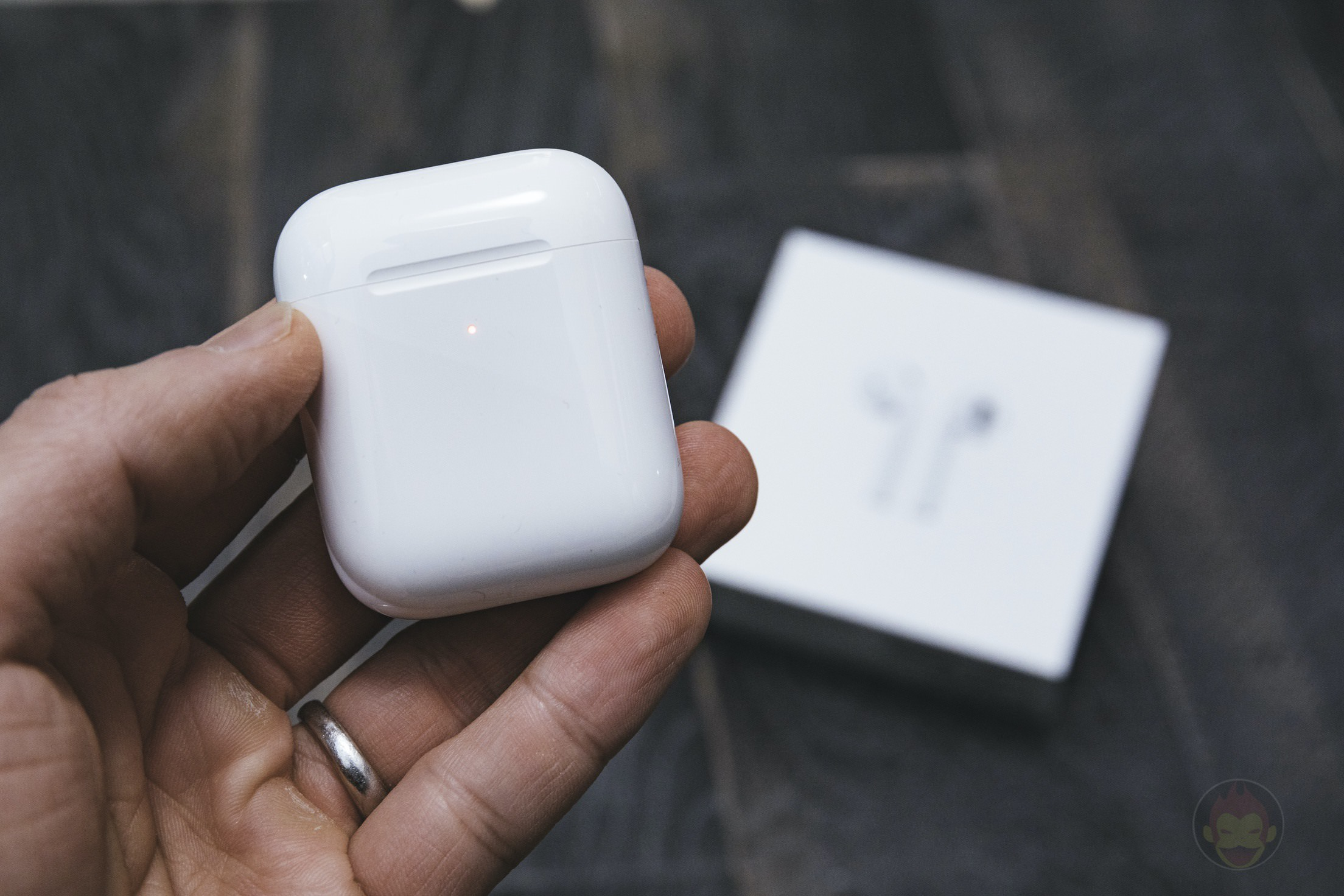AirPods-2nd-Generation-2019-Review-02.jpg