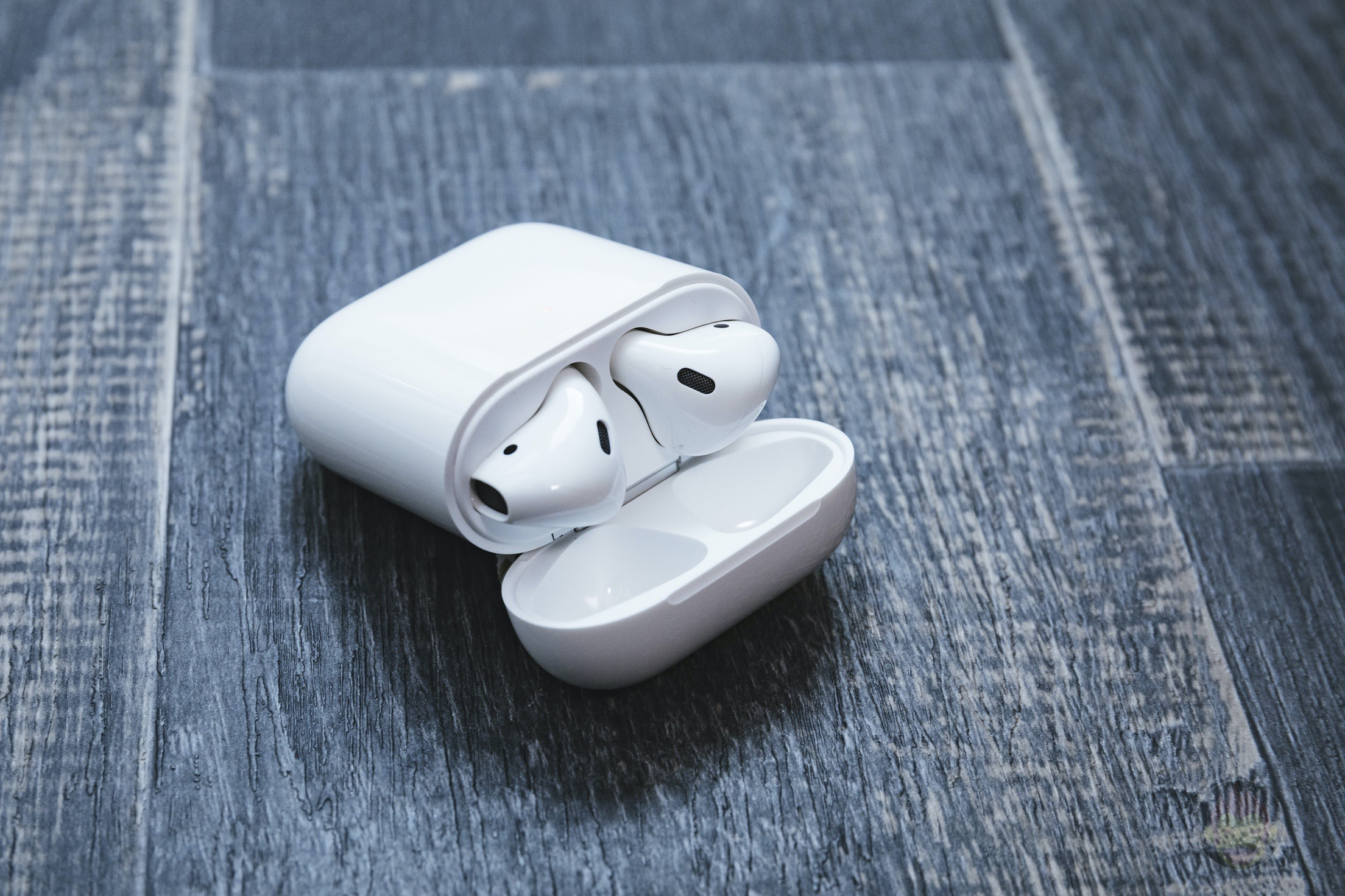AirPods-2nd-Generation-2019-Review-06.jpg