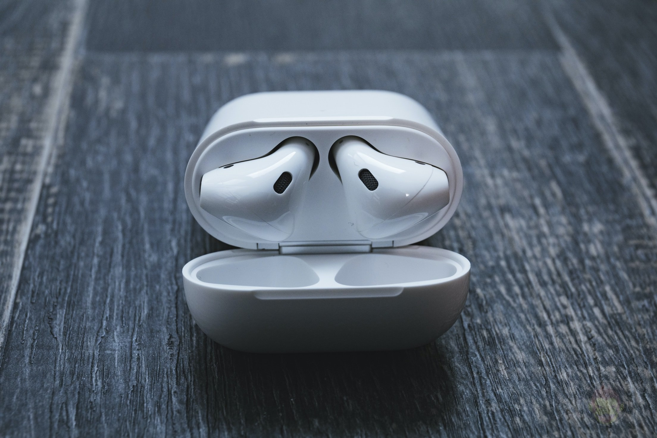 AirPods-2nd-Generation-2019-Review-07.jpg