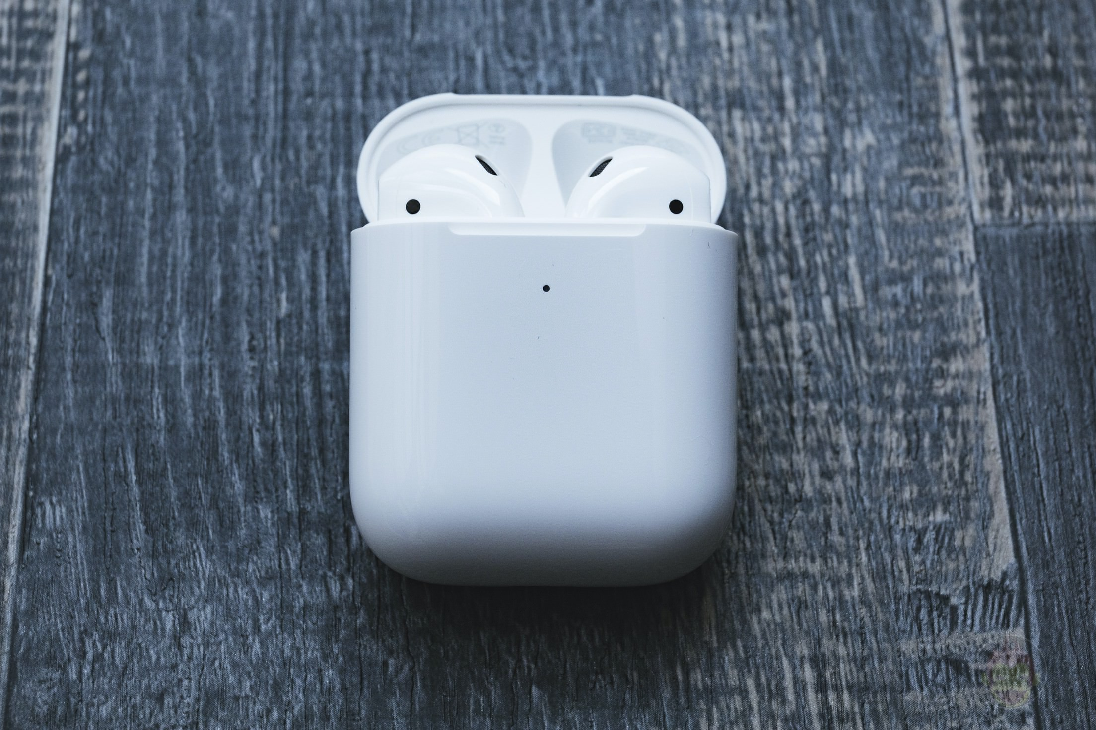 AirPods-2nd-Generation-2019-Review-08.jpg