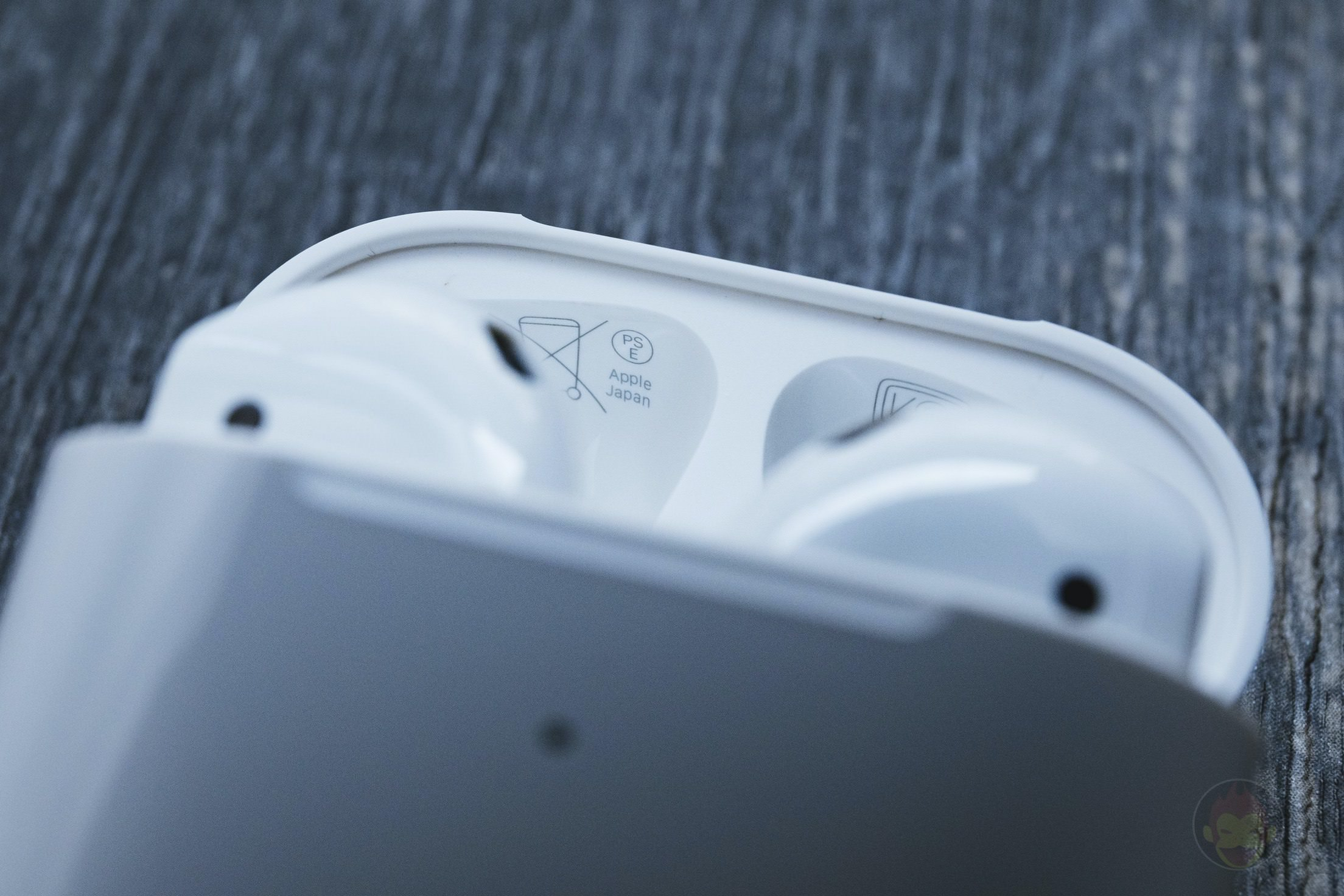 AirPods-2nd-Generation-2019-Review-09.jpg