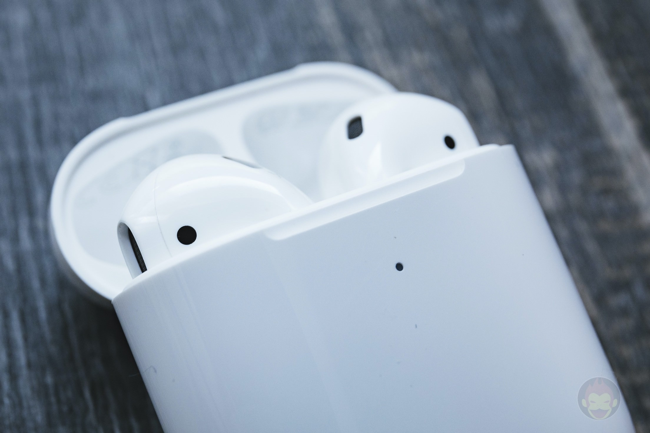 AirPods-2nd-Generation-2019-Review-10.jpg