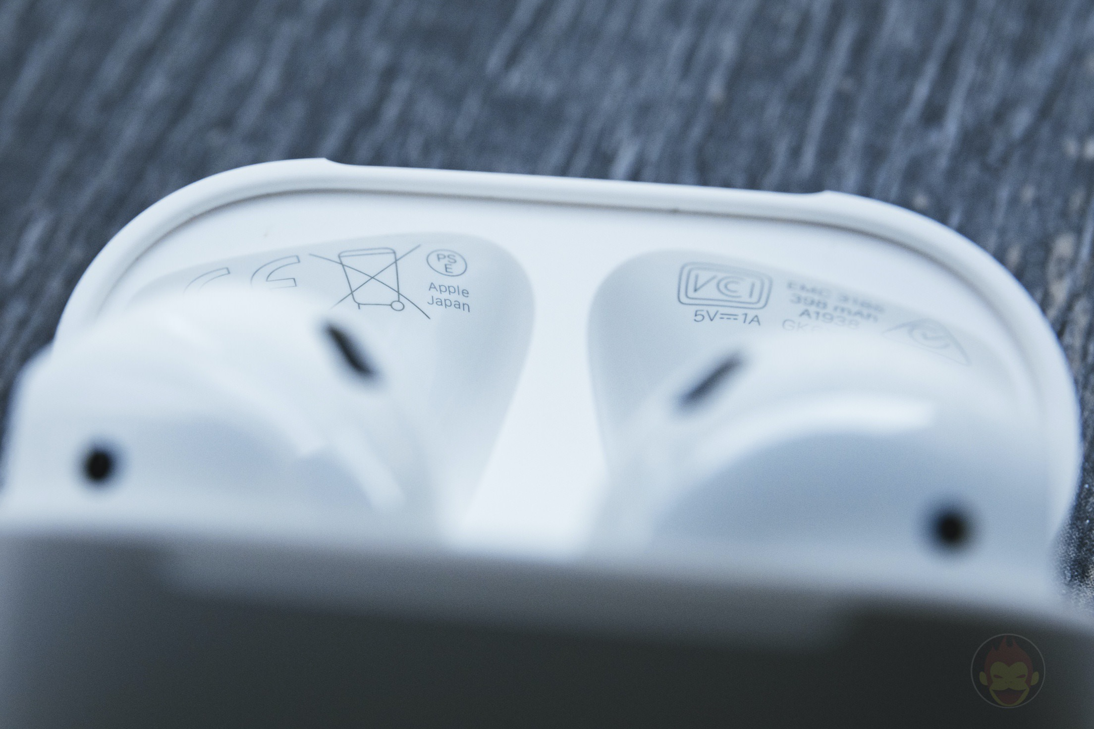 AirPods-2nd-Generation-2019-Review-11.jpg