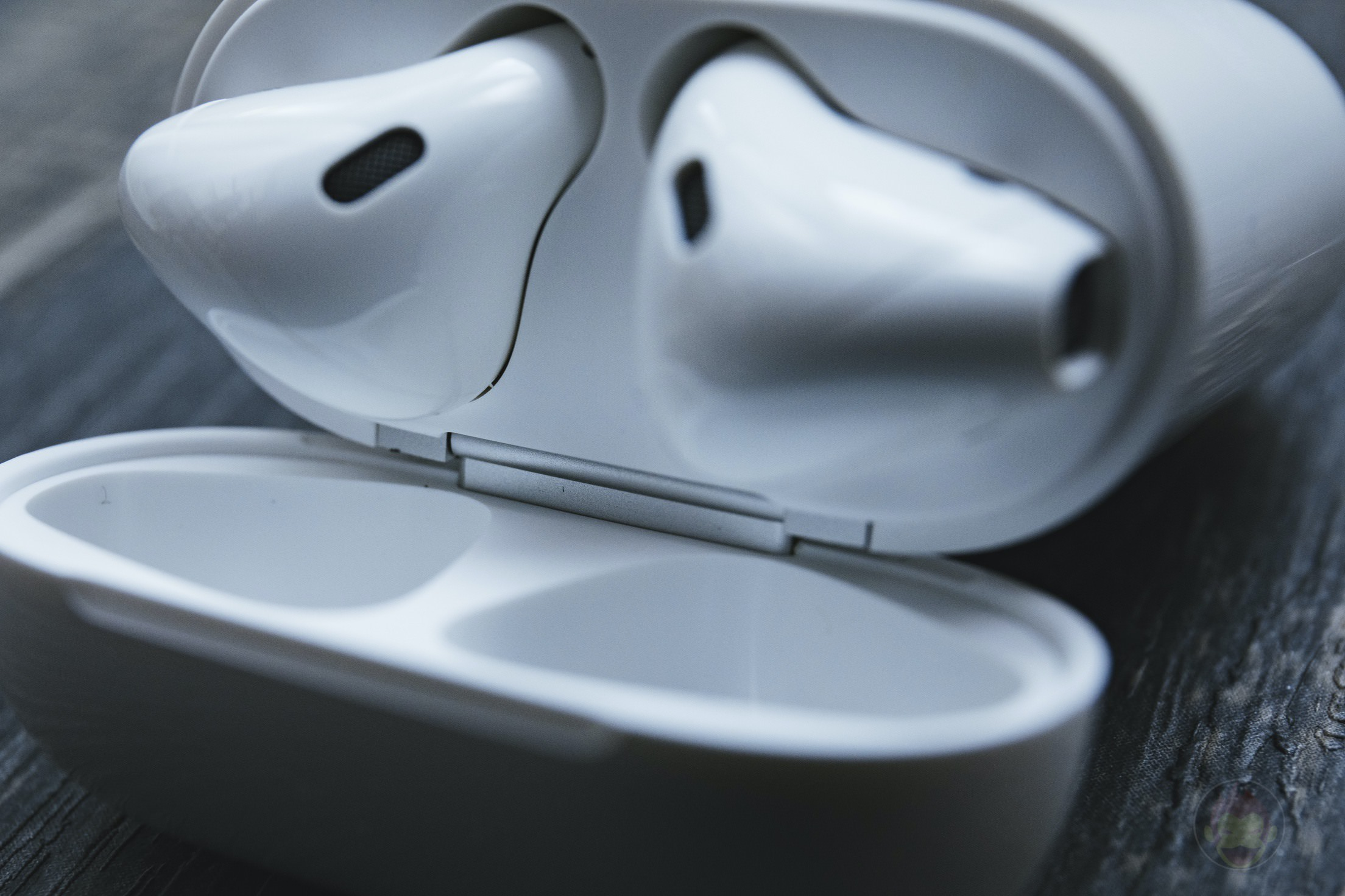 AirPods-2nd-Generation-2019-Review-13.jpg