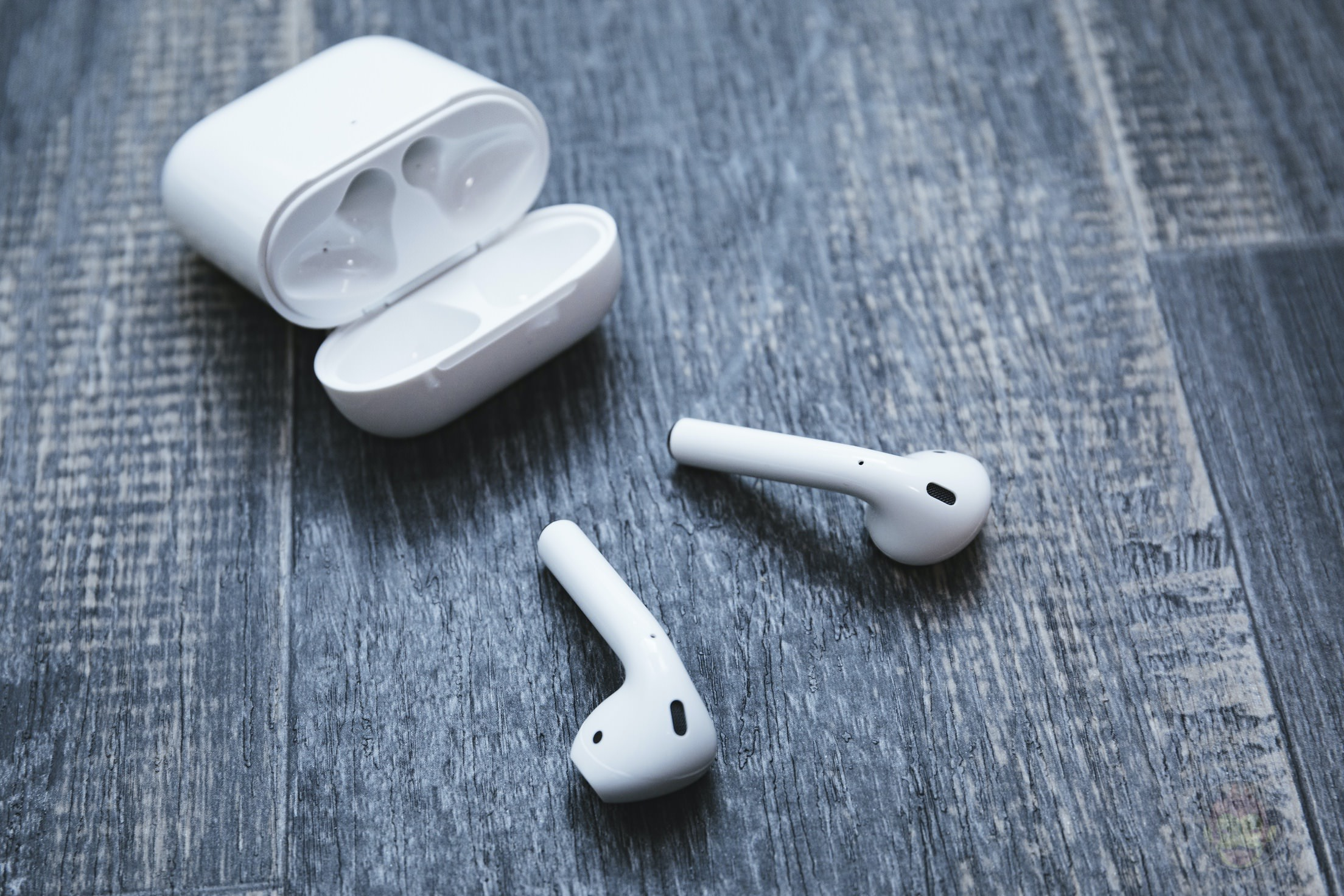 AirPods-2nd-Generation-2019-Review-15.jpg