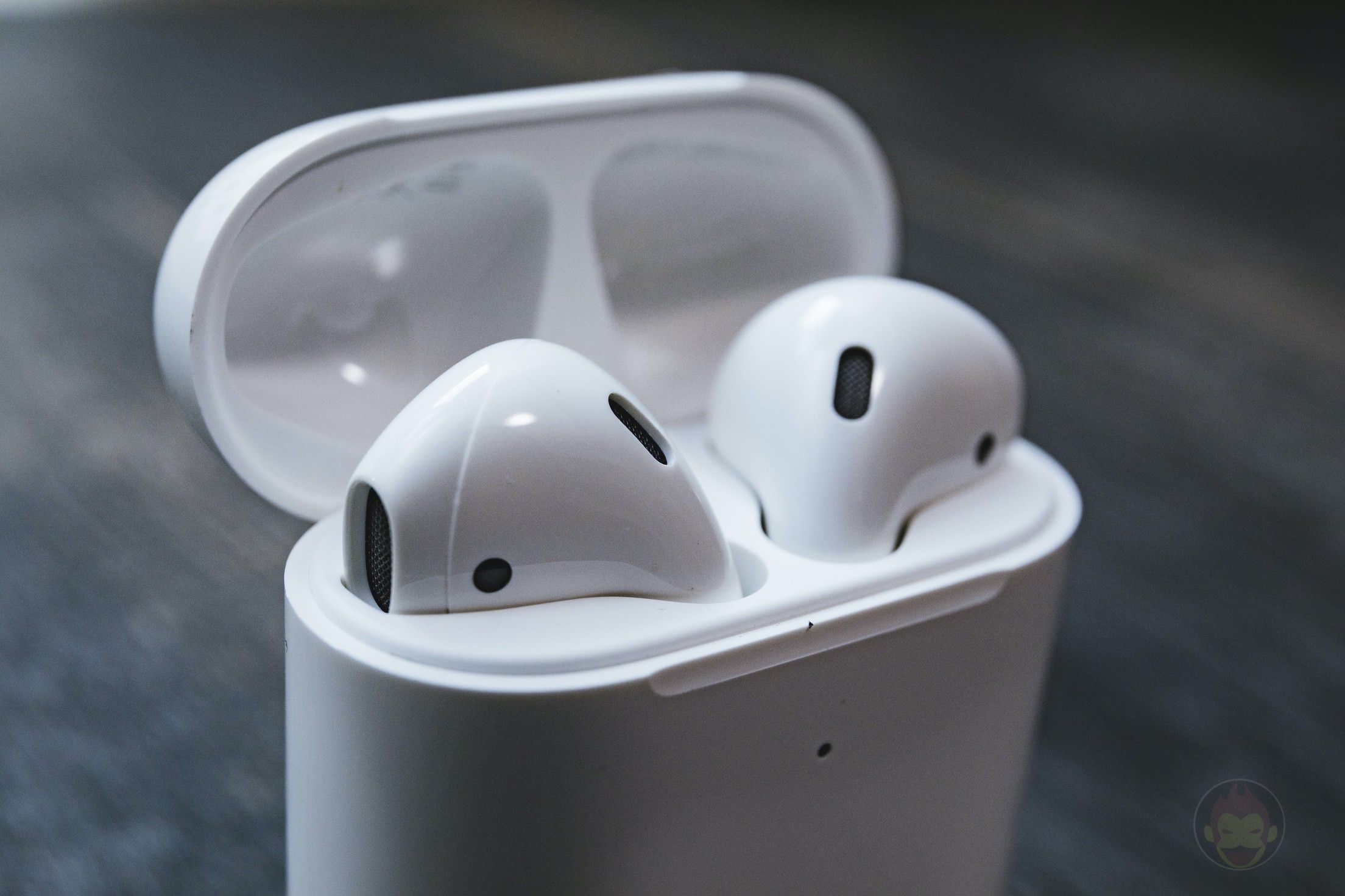 AirPods-2nd-Generation-2019-Review-21.jpg