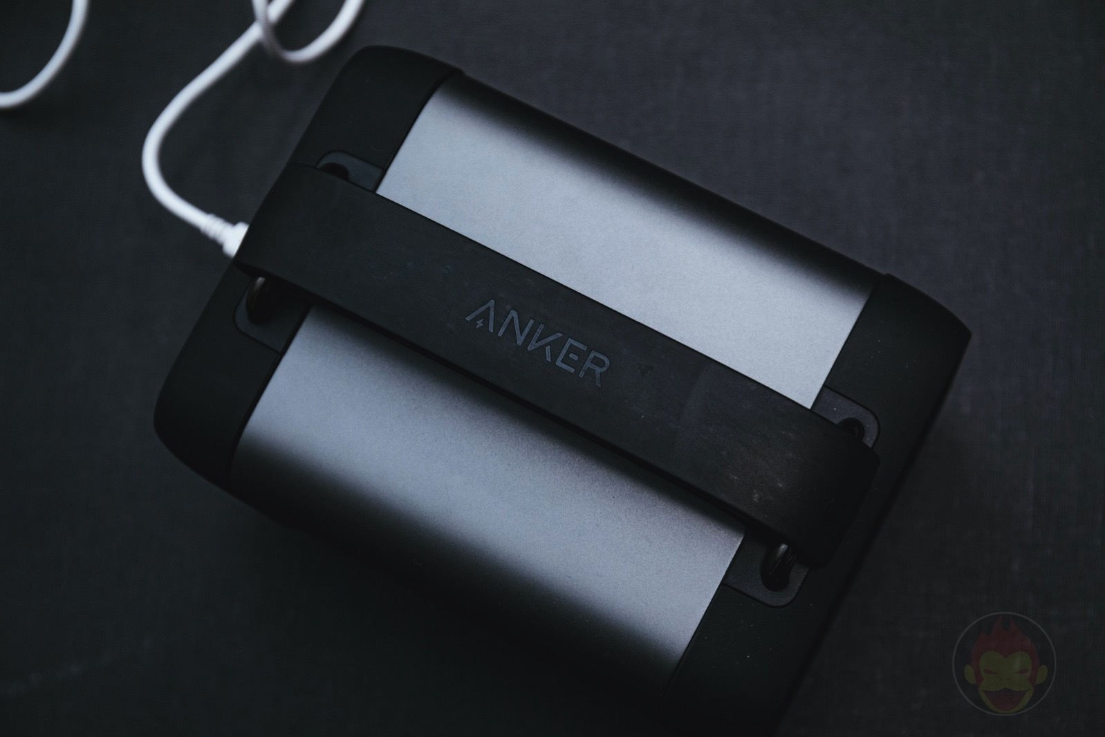 Anker-PowerHouse-200-Review-12.jpg