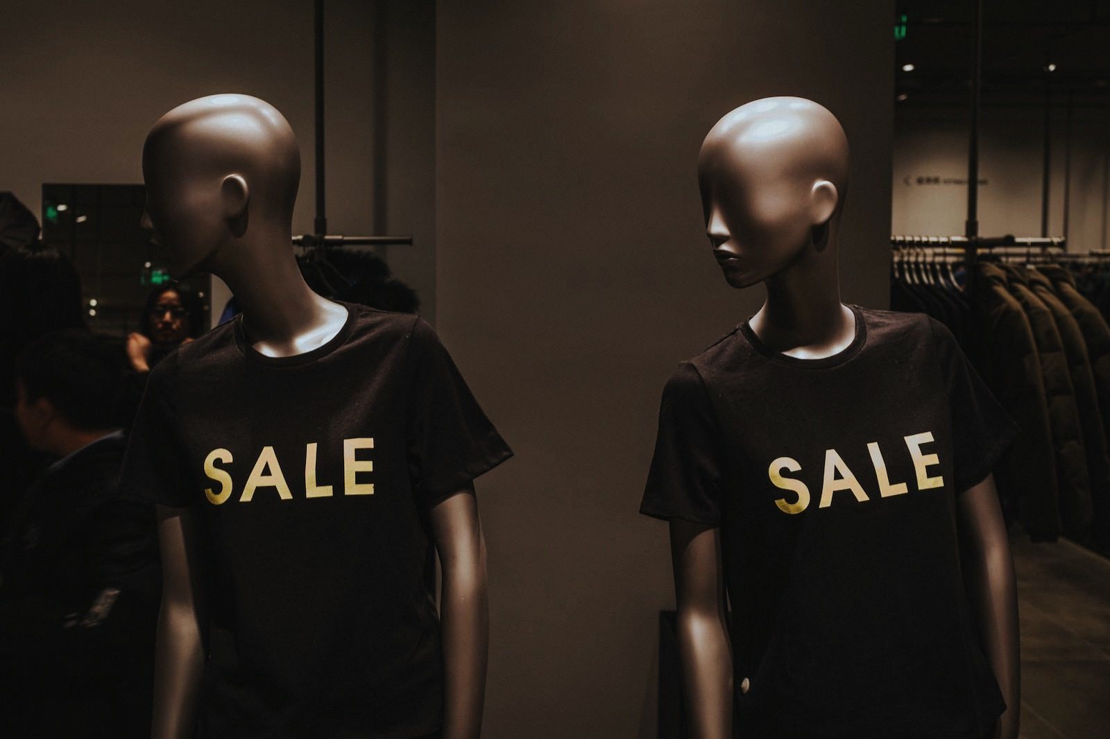 Xiaolong wong 1244284 unsplash mannequin