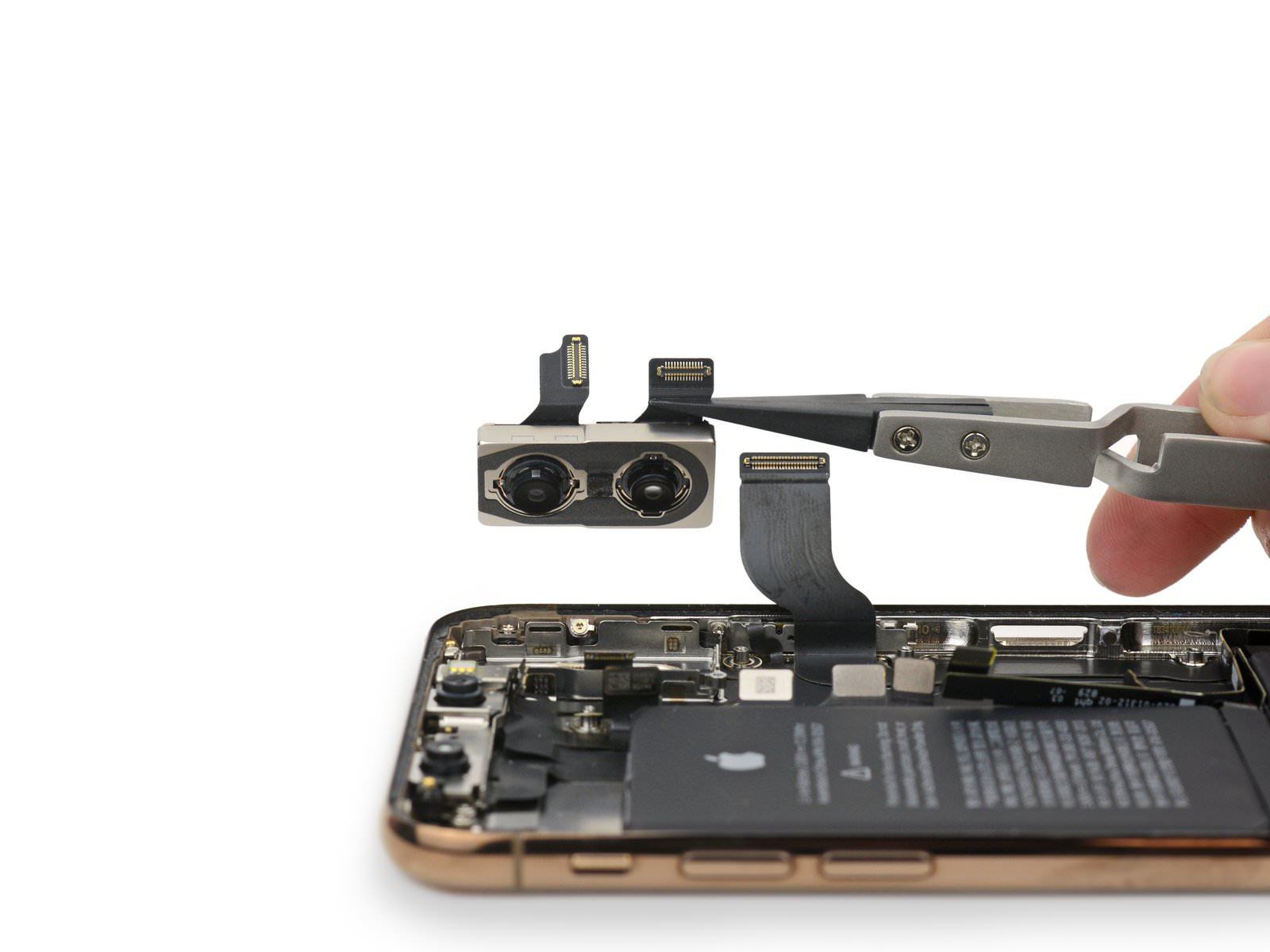 Dual-Cameras-on-iphonexs.jpg