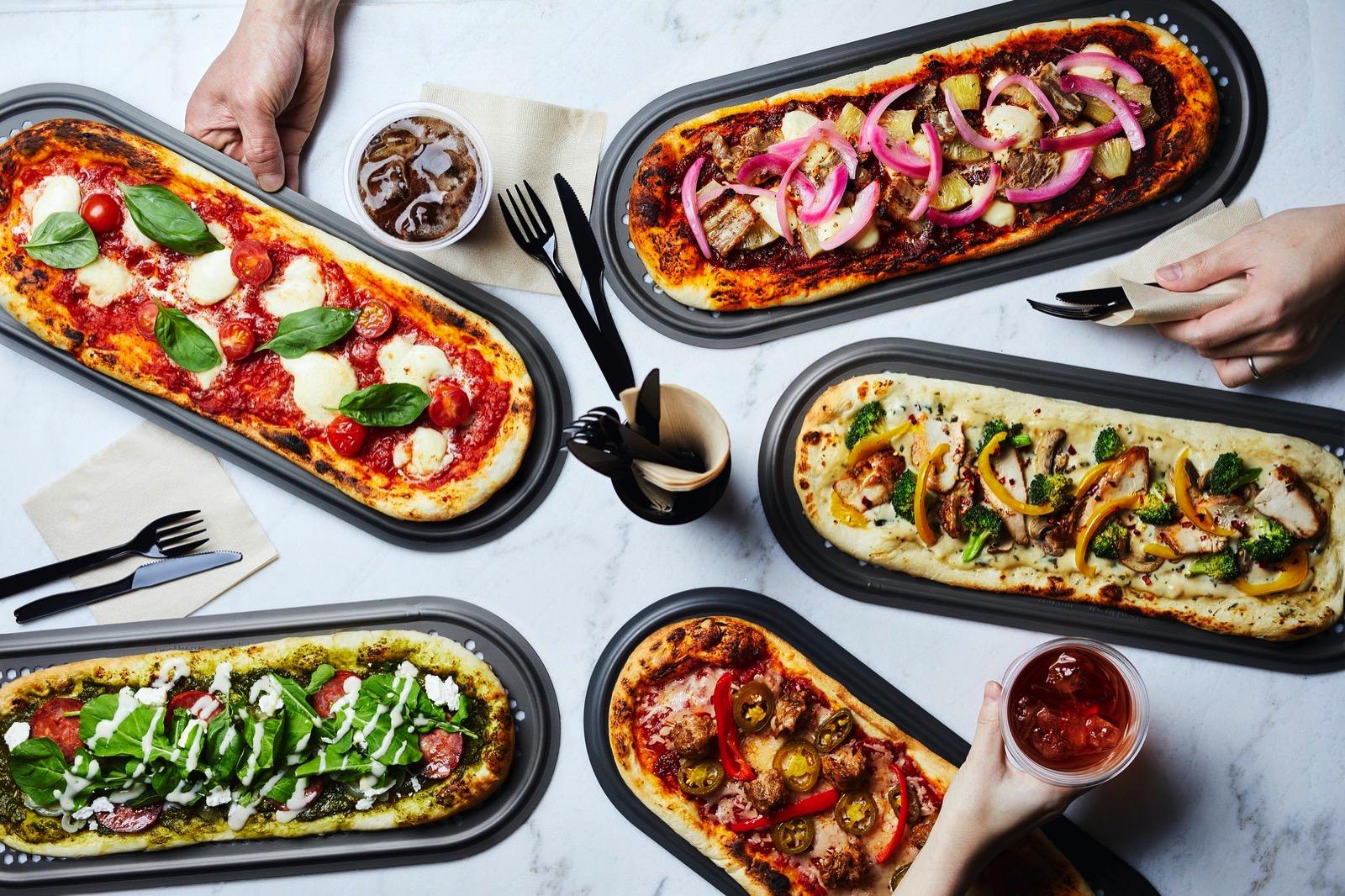 R Pizza Official Photos 06