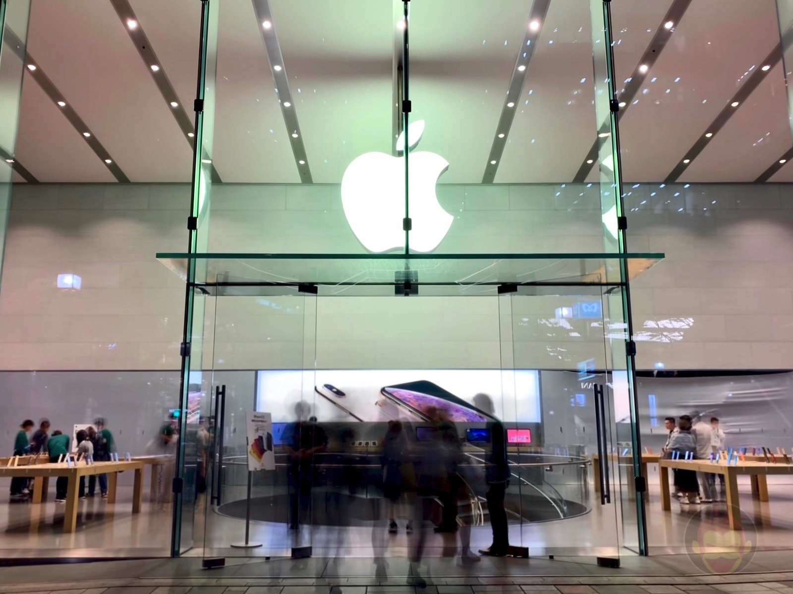 Apple Omotesando Renewal 2019 04