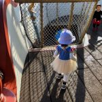Tokyo-Disney-Land-with-2yr-old-daughter-toon-town-03.jpg