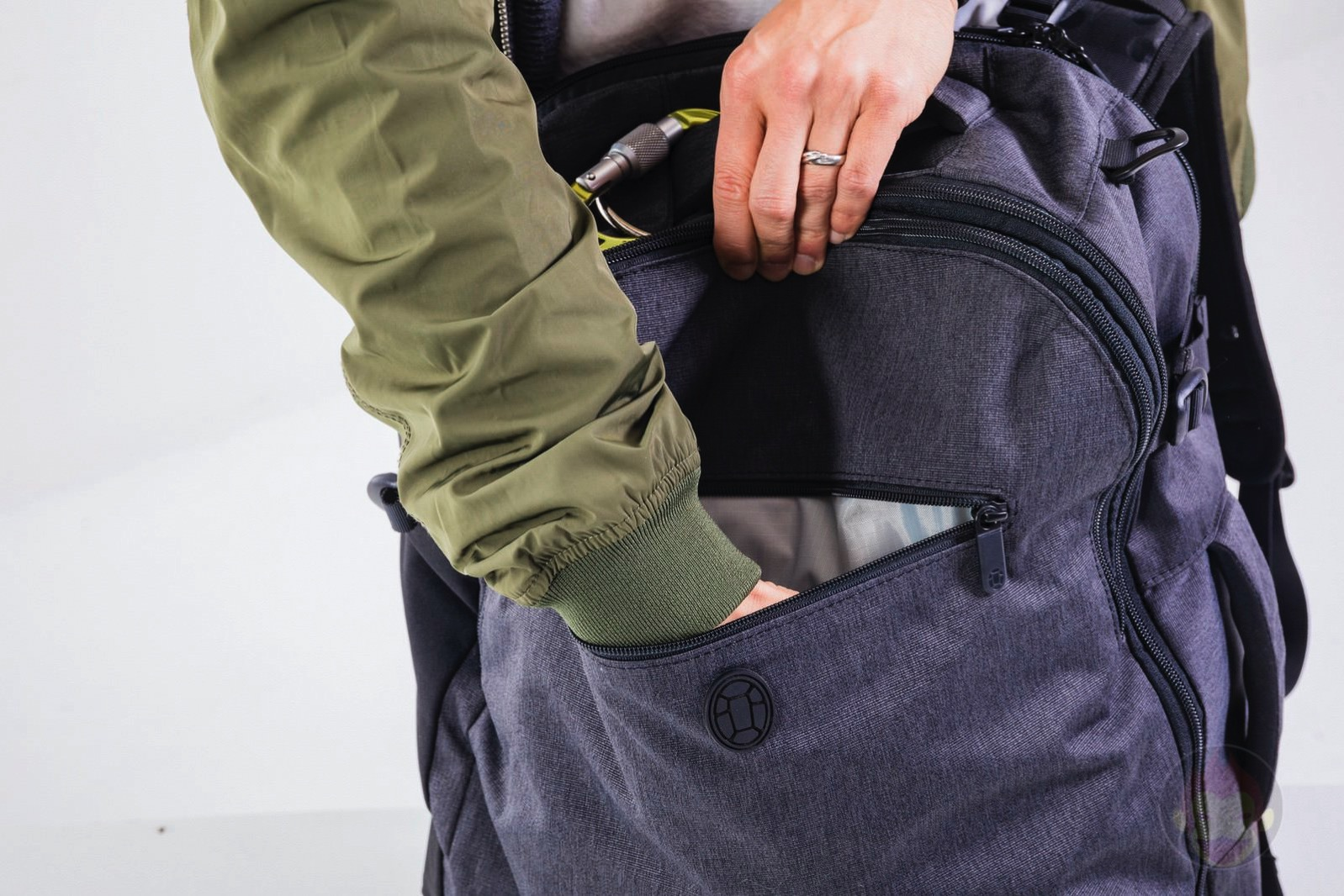 Tortuga-Setout-Backpack-35liter-review-14.jpg