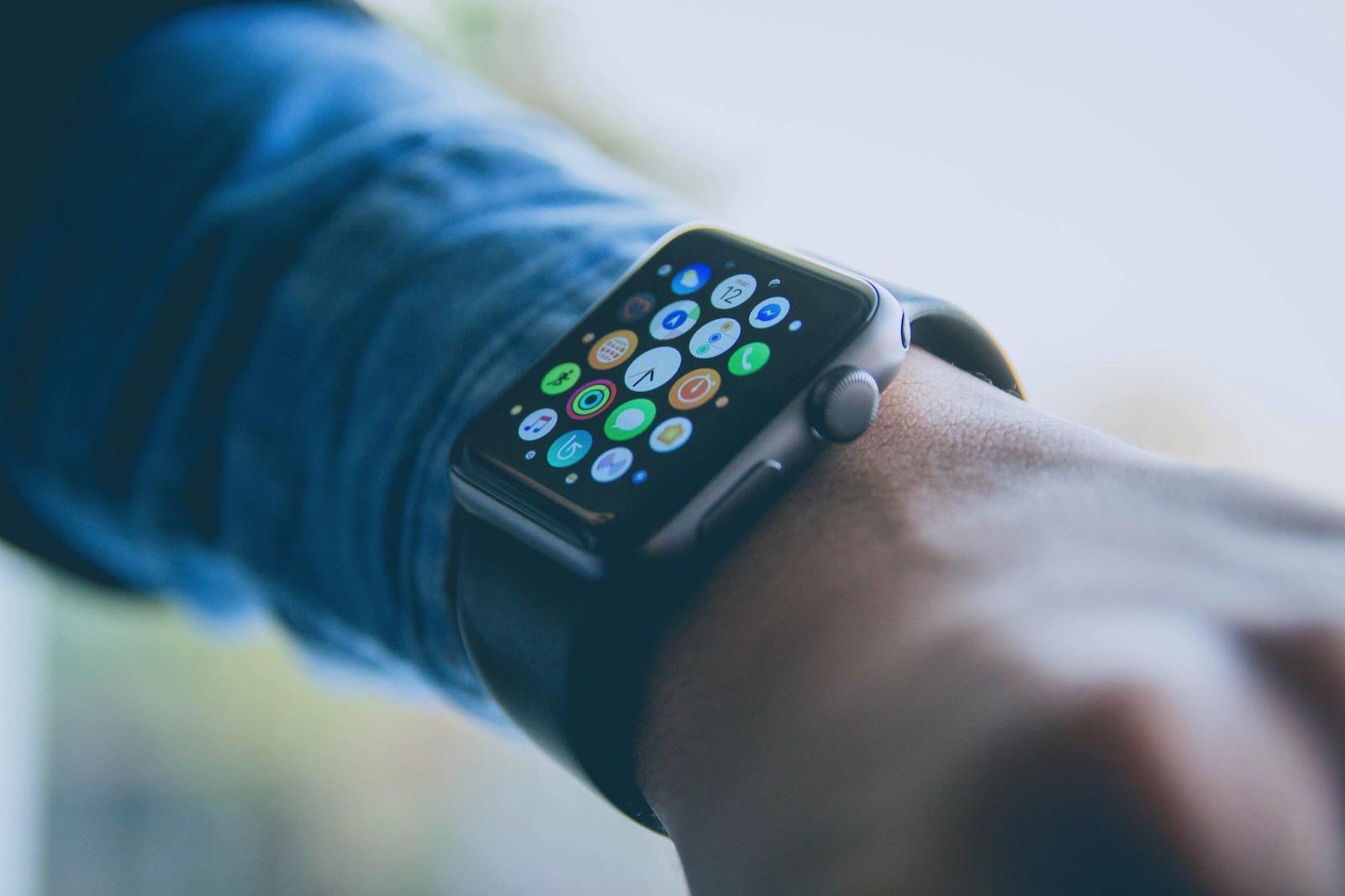 Alvaro reyes 700677 unsplash apple watch